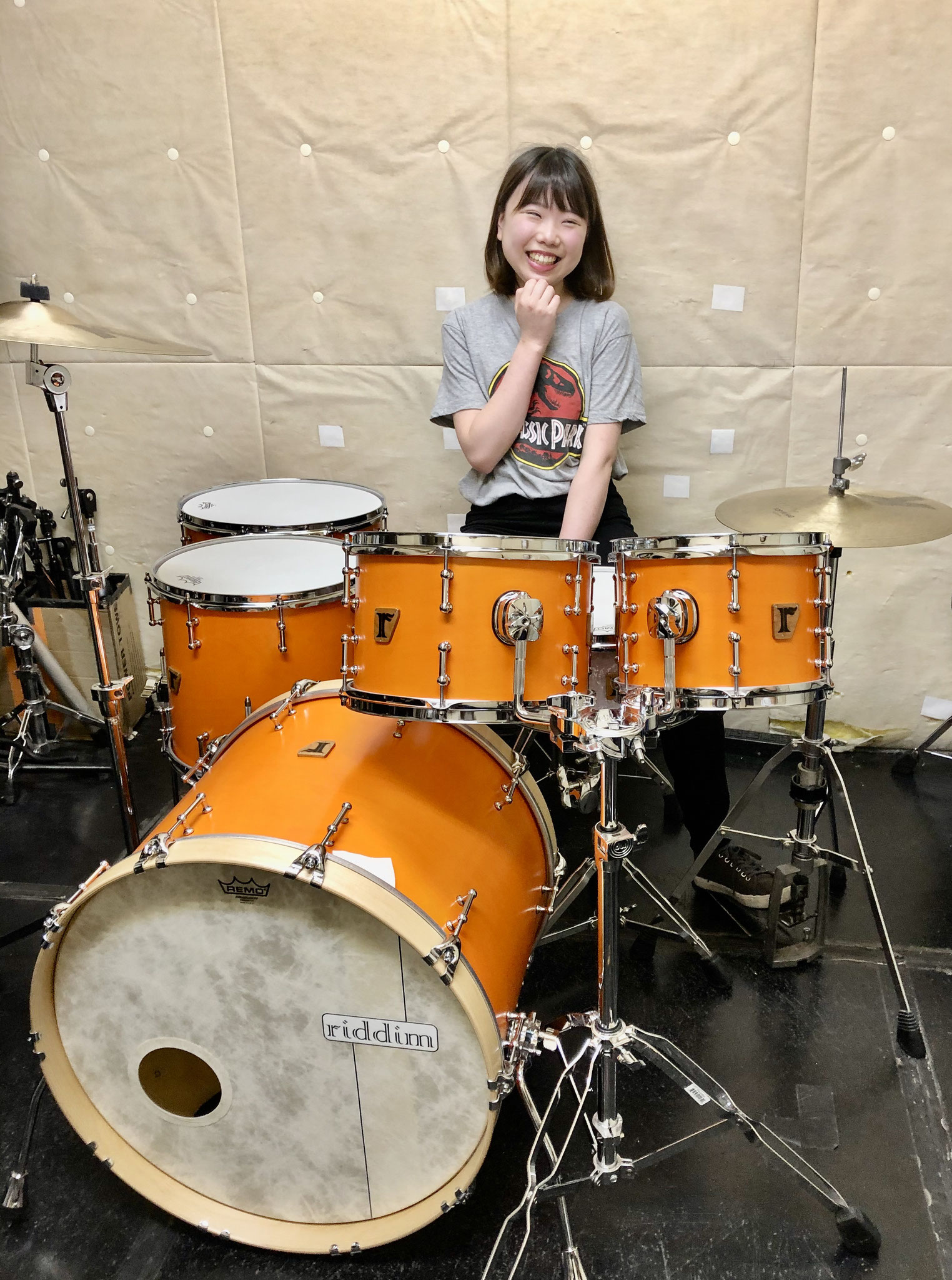 "山本真綺  Custom. Maple 10ply / 22""x17"" BD , Maple 8ply / 10""x7.5"" , 12""x8"" TT , 14""x13"" , 16""x15"" FT , #16. Birch 8ply / 14""x5.75"" SD , #11. Maple 10ply / 14""x5.75"" SD"