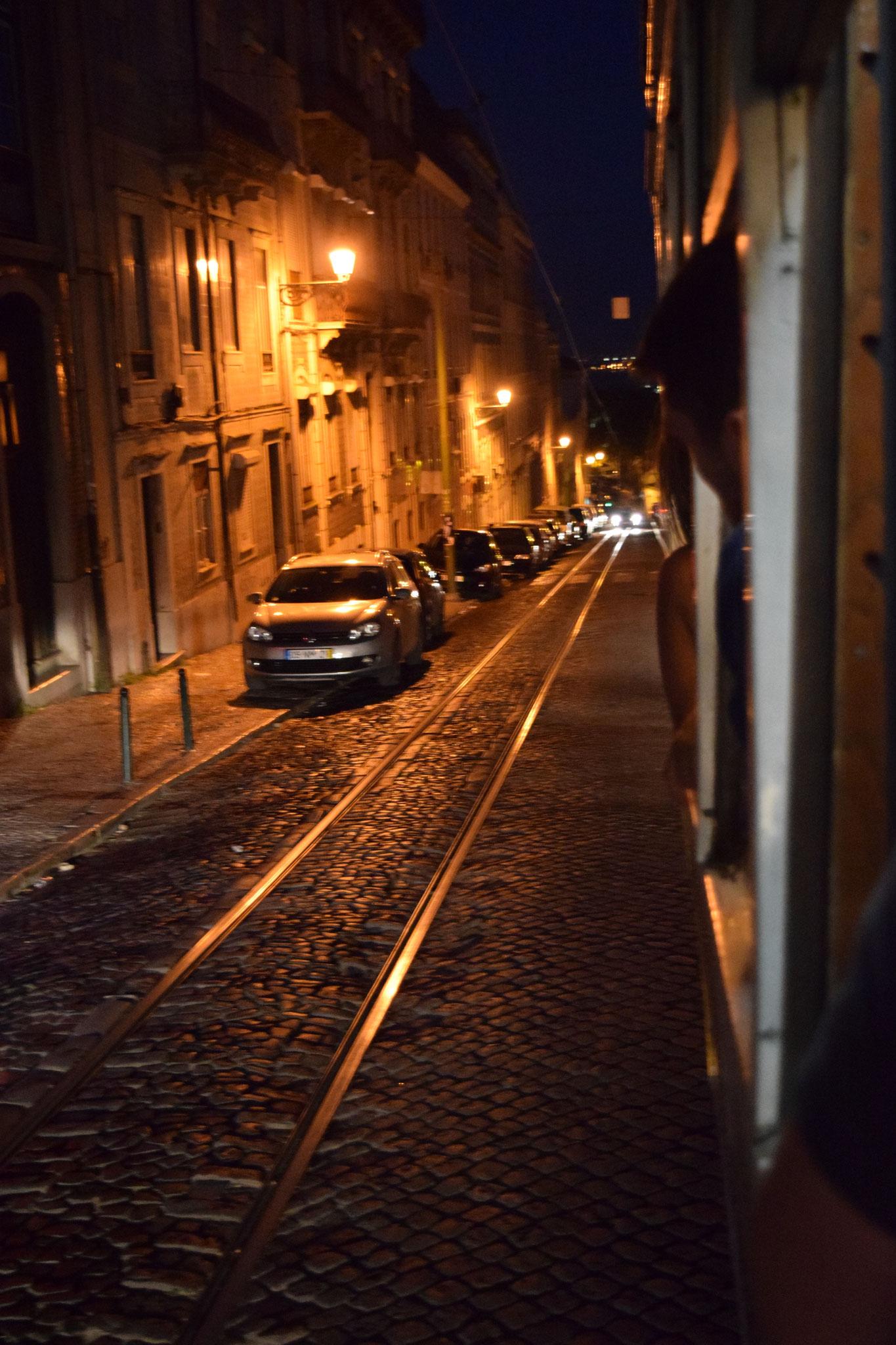 Meine Reiseempfehlungen für Lissabon in Portugal, wie die Tram 28.