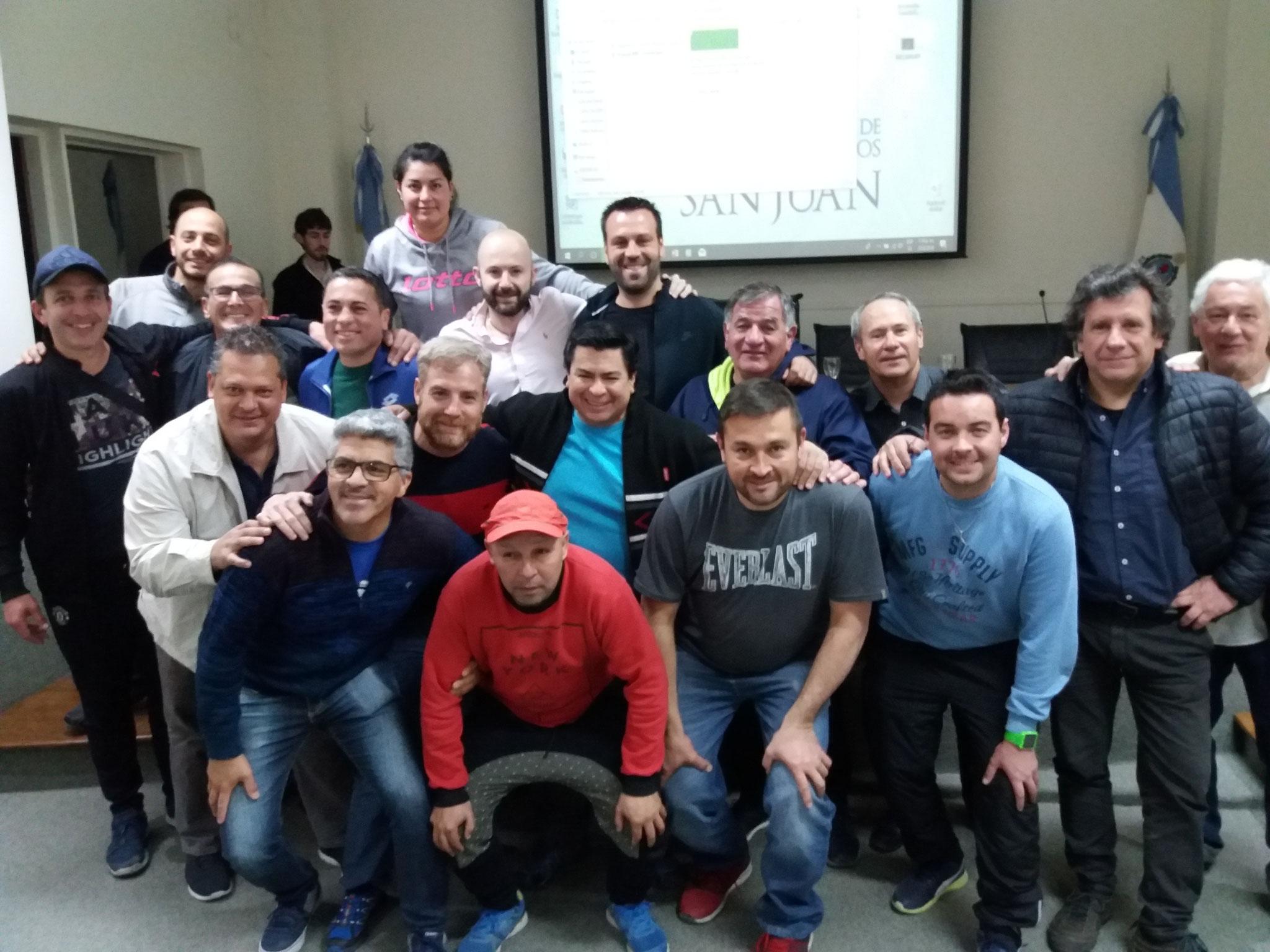 Los tecnicos sanjuaninos con Muñoz