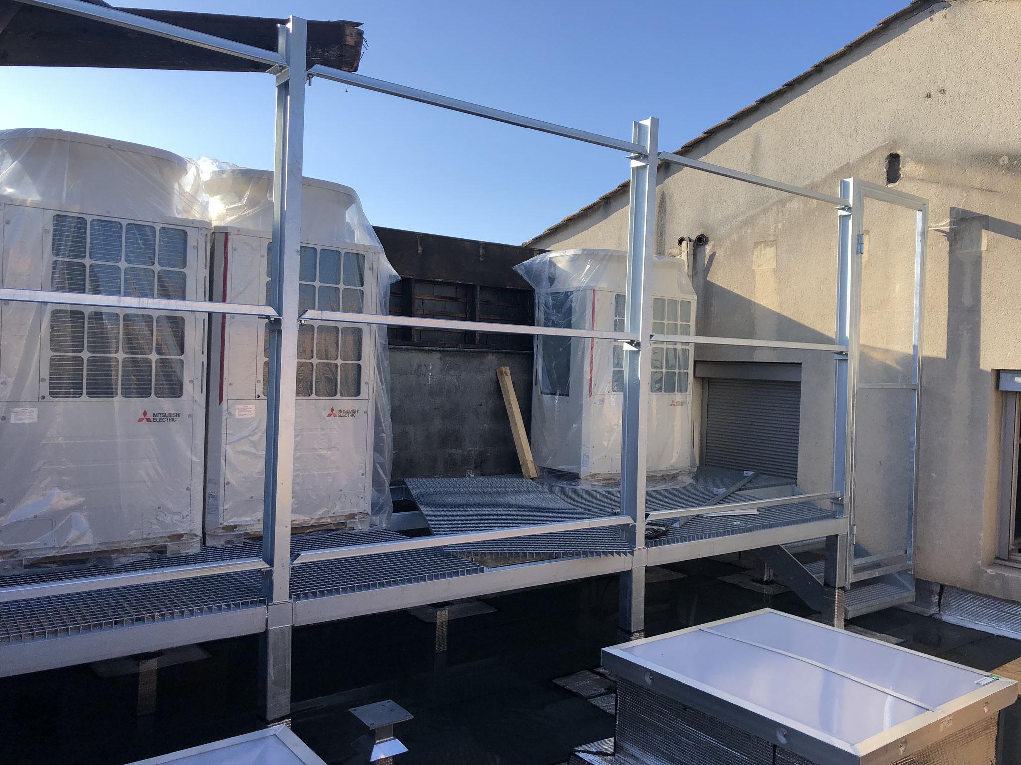 pose structure métallique pour groupe climatisation