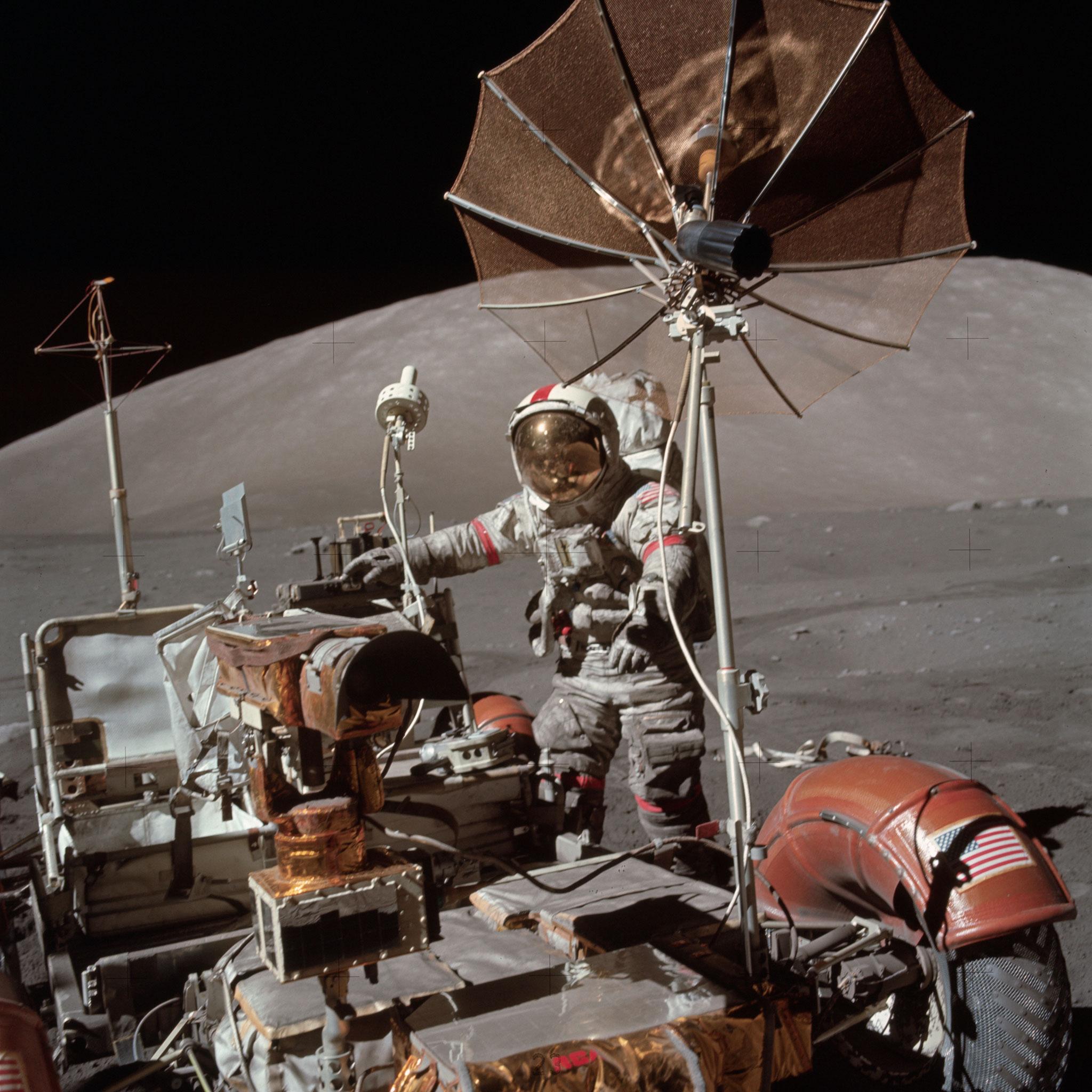 Apollo 17 - Eugene Cernan et le rover - Photo : Nasa/CDN