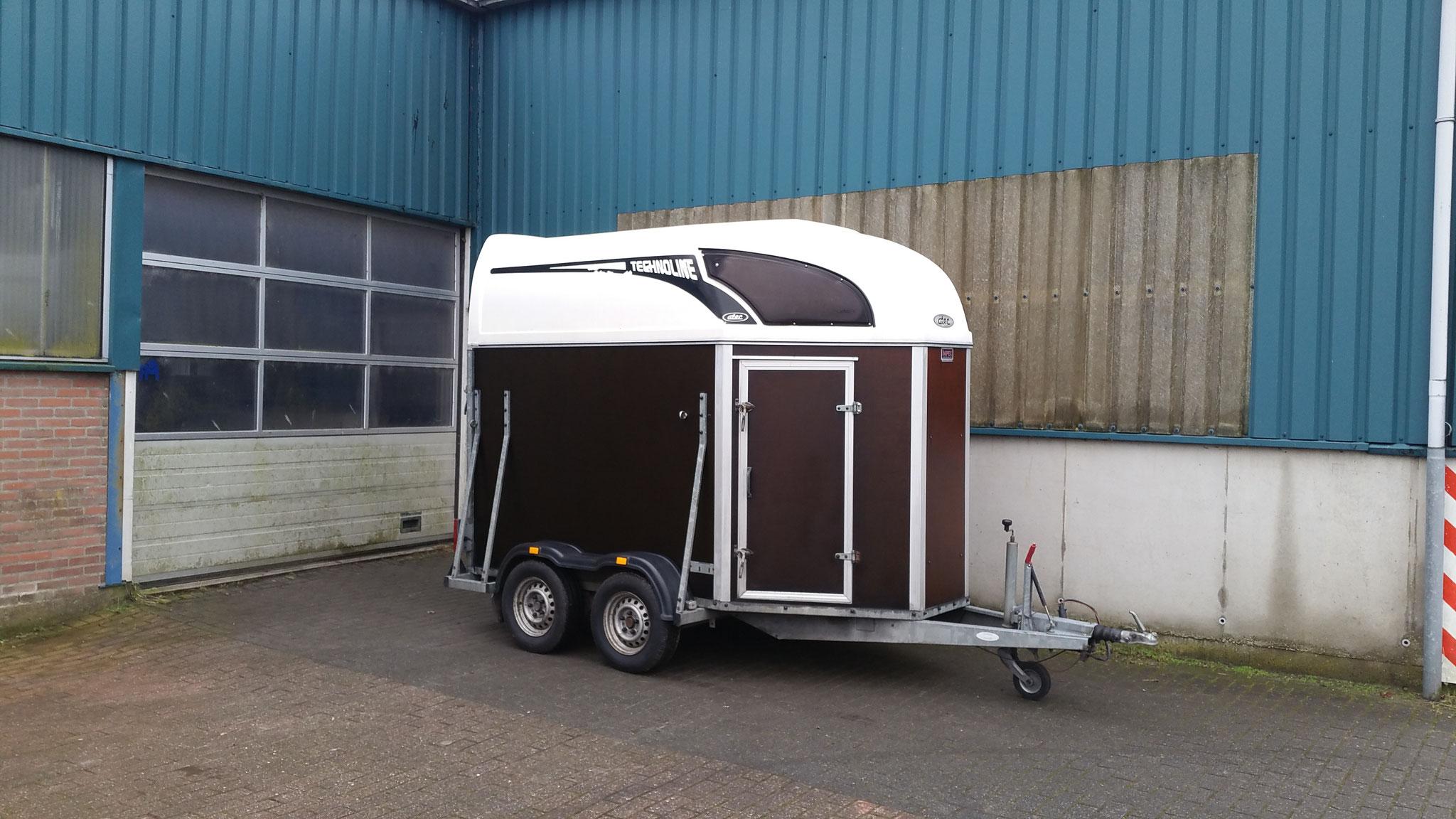 2 paards trailer Merk Atec bouwjaar 2005  prijs 2450,-