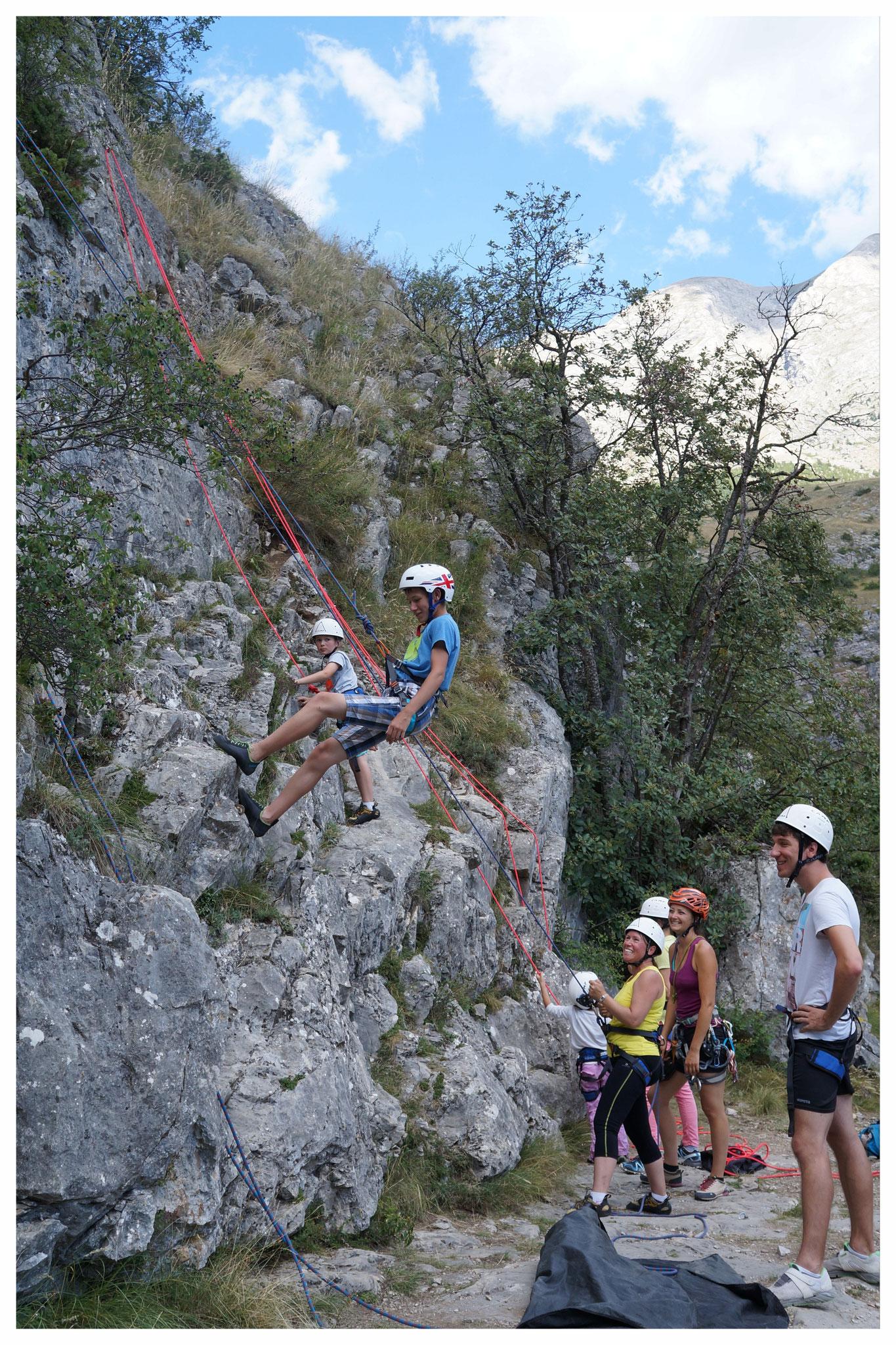 Escalade sur la falaise des Etroits, Dévoluy