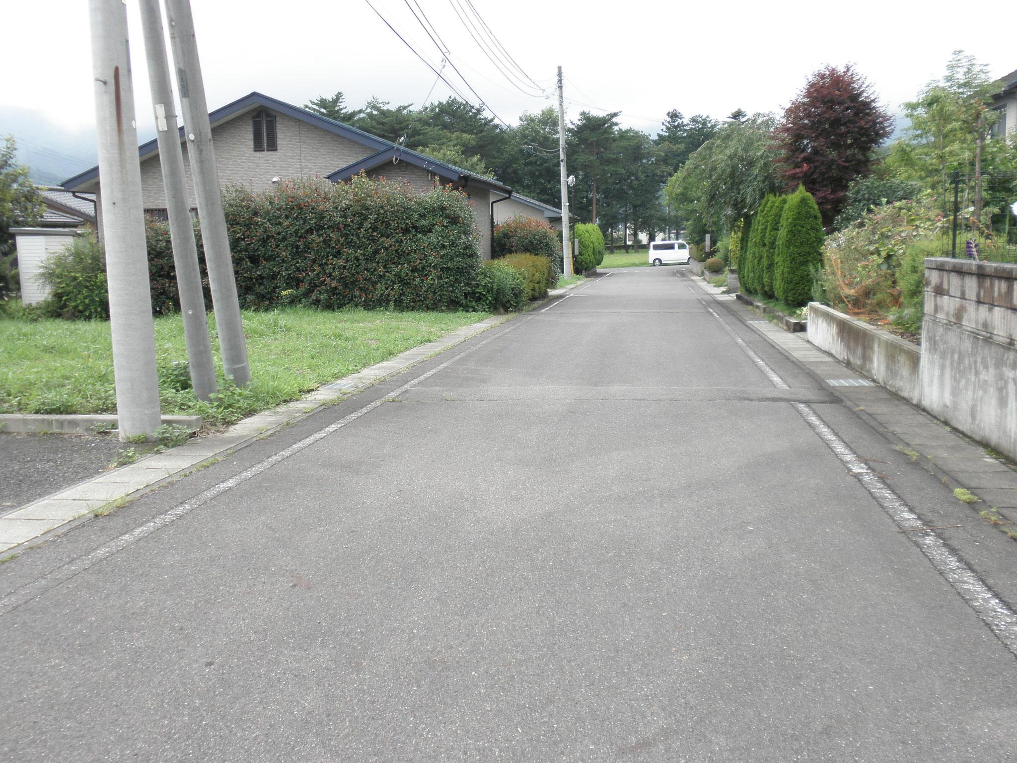 現地前面道路 北側公道 幅6m