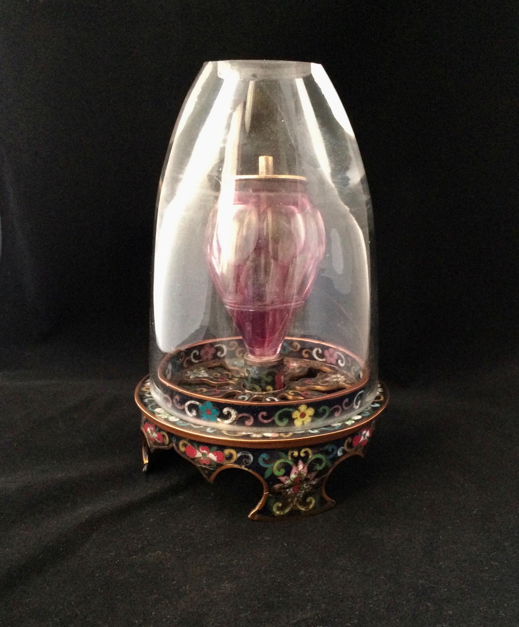 Air-adjustable cloisonné opium lamp (–> Lampes)