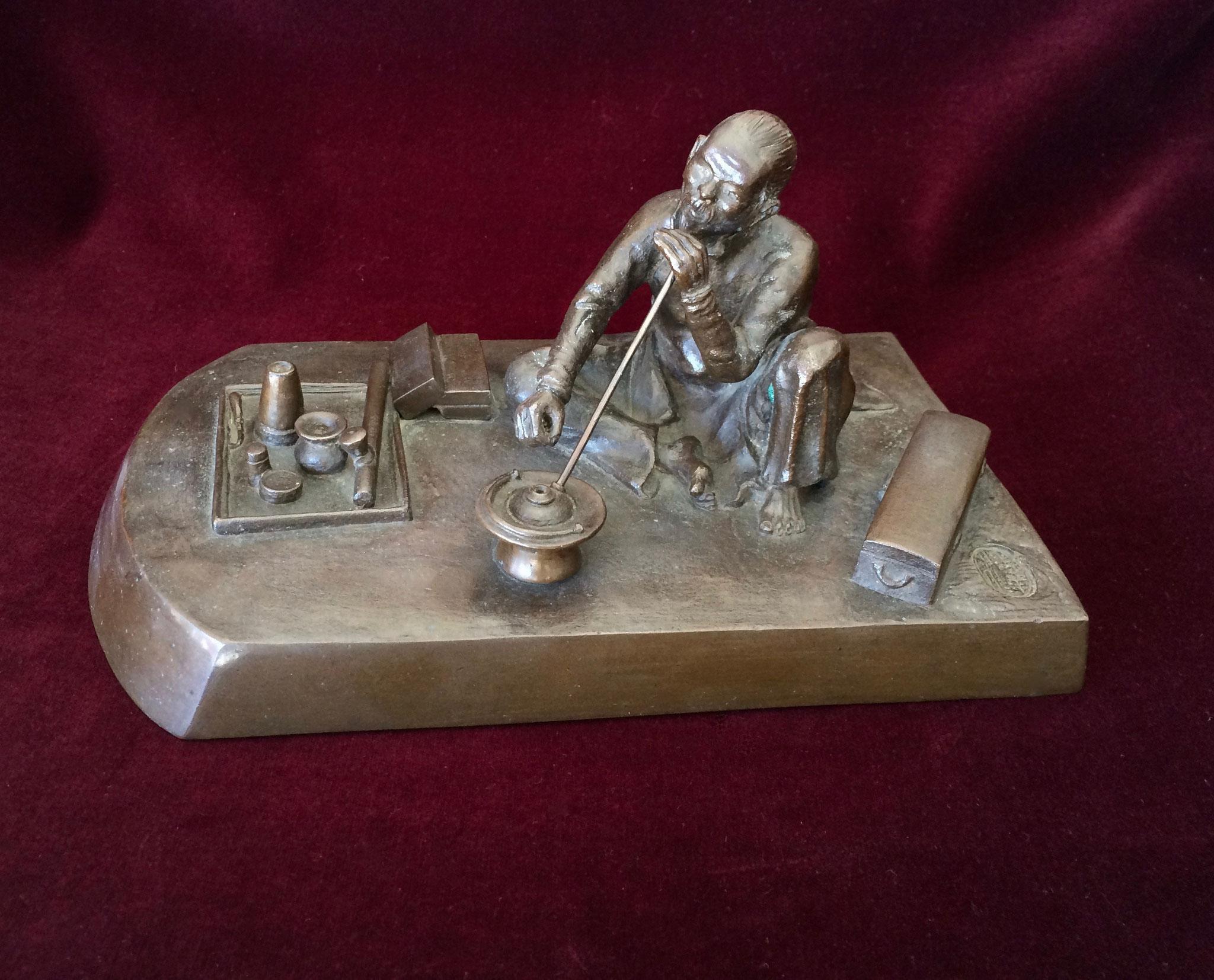 Bronze Vietnamese smoker (tobacco and opium) (–> Accessoires)