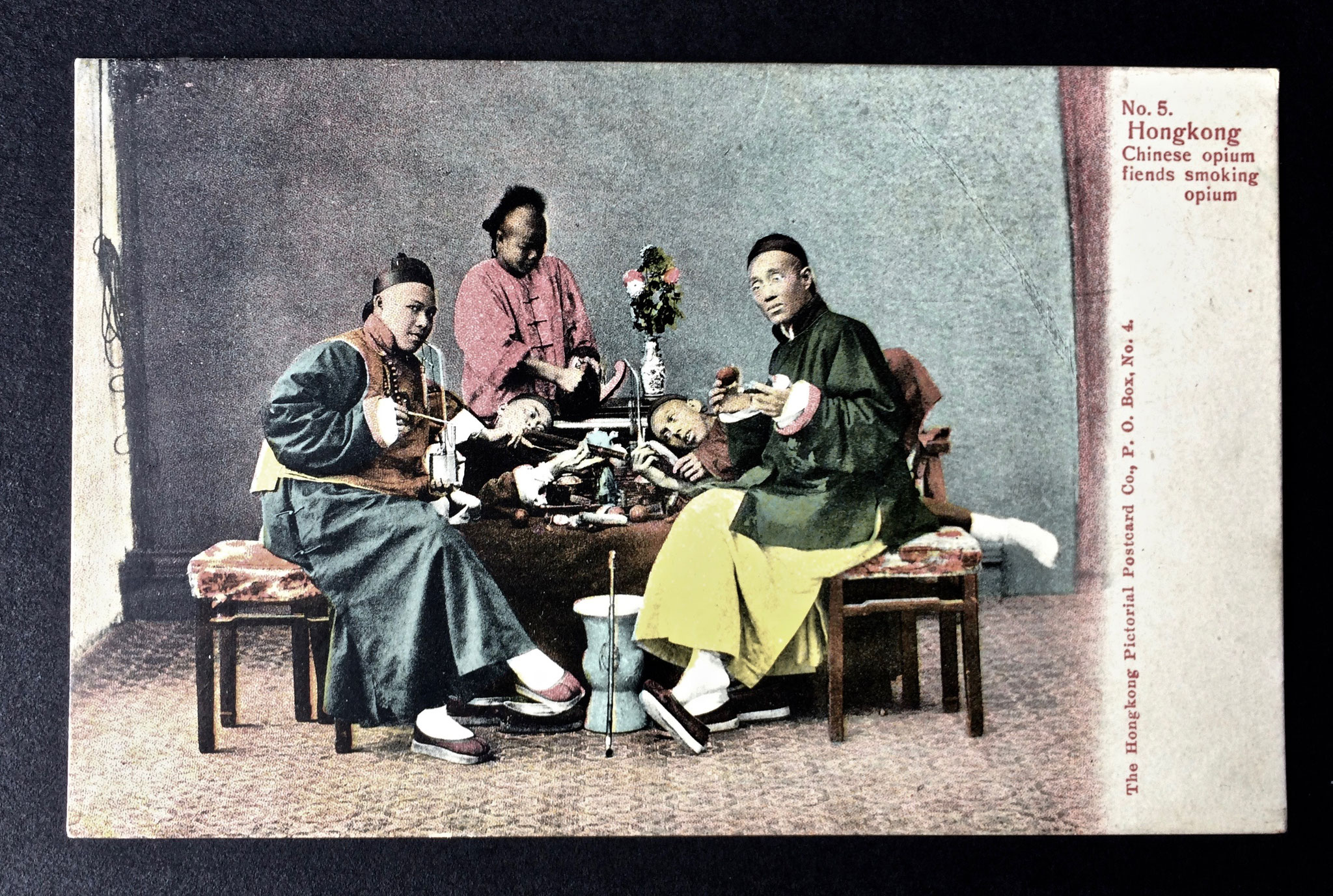 HK opium smokers postcard (–> Books and documents)