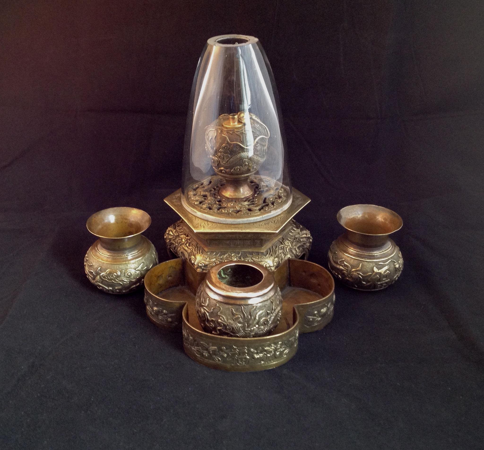 Accessoires de fumeur d'opium  (–> Accessoires)