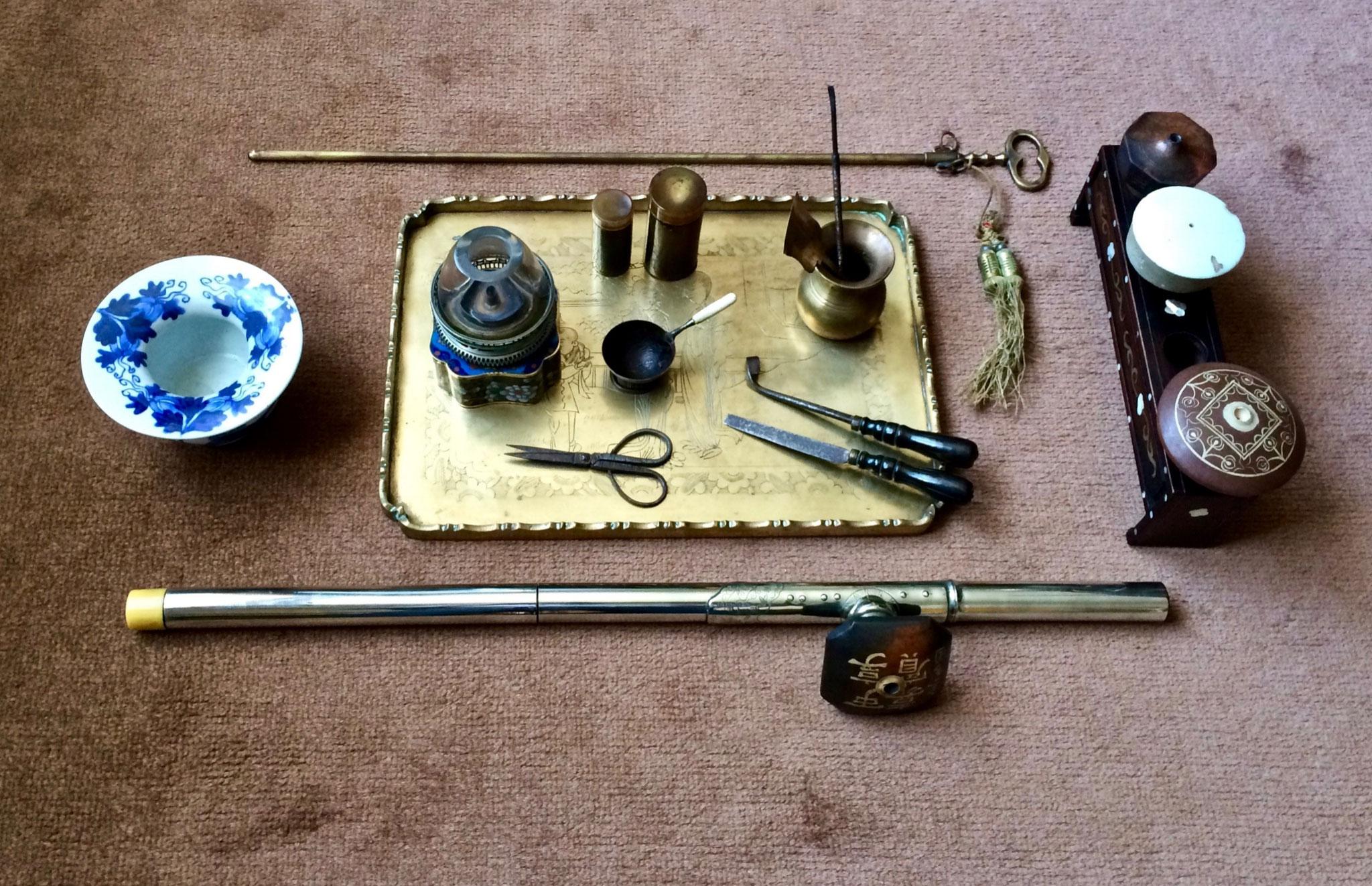 Nécessaire de fumeur d'opium (pipe de voyage en trois parties)