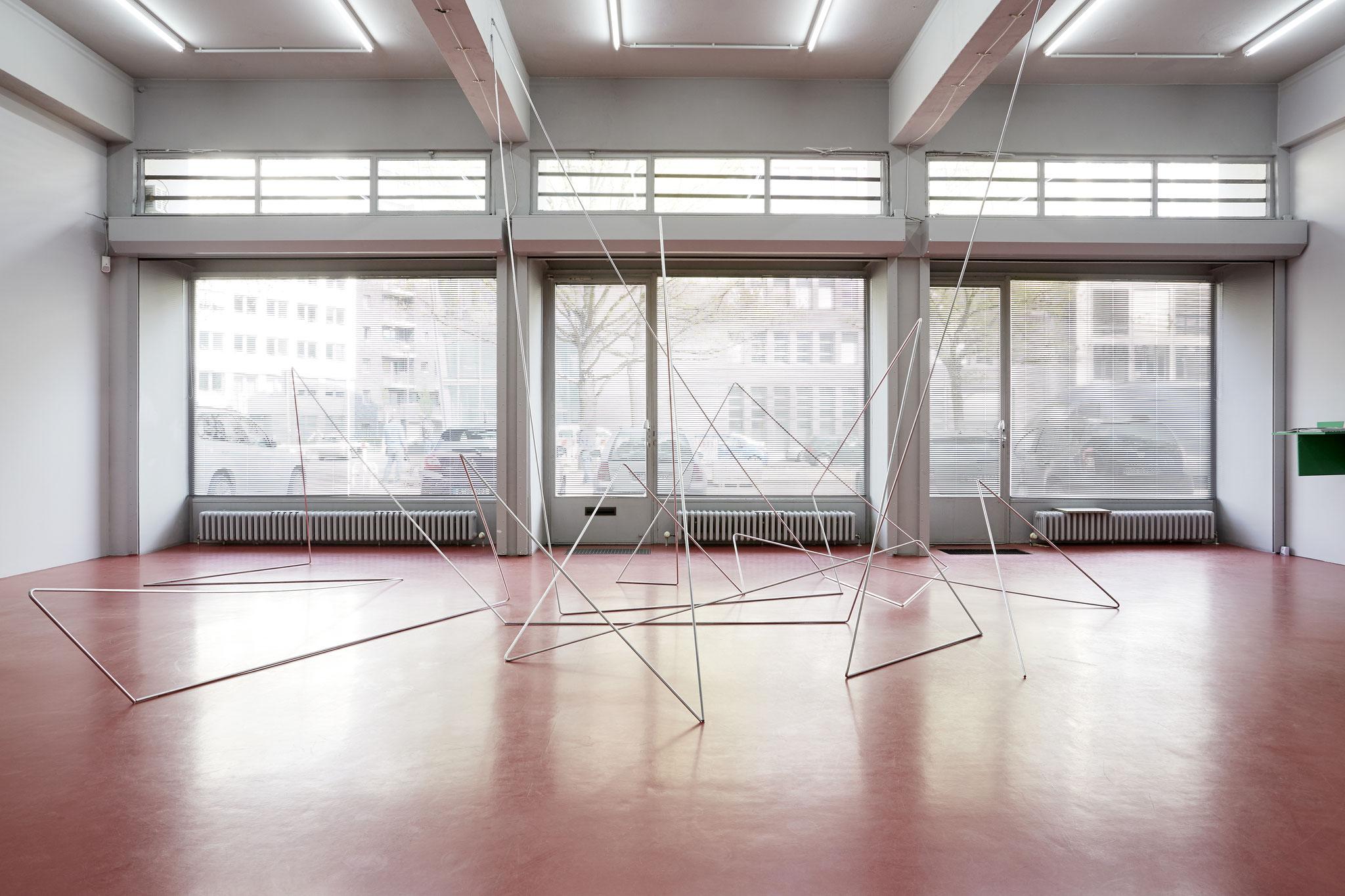 folded lines - setting I, Aluminiumstab je 600 cm, Deutscher Künstlerbund Berlin