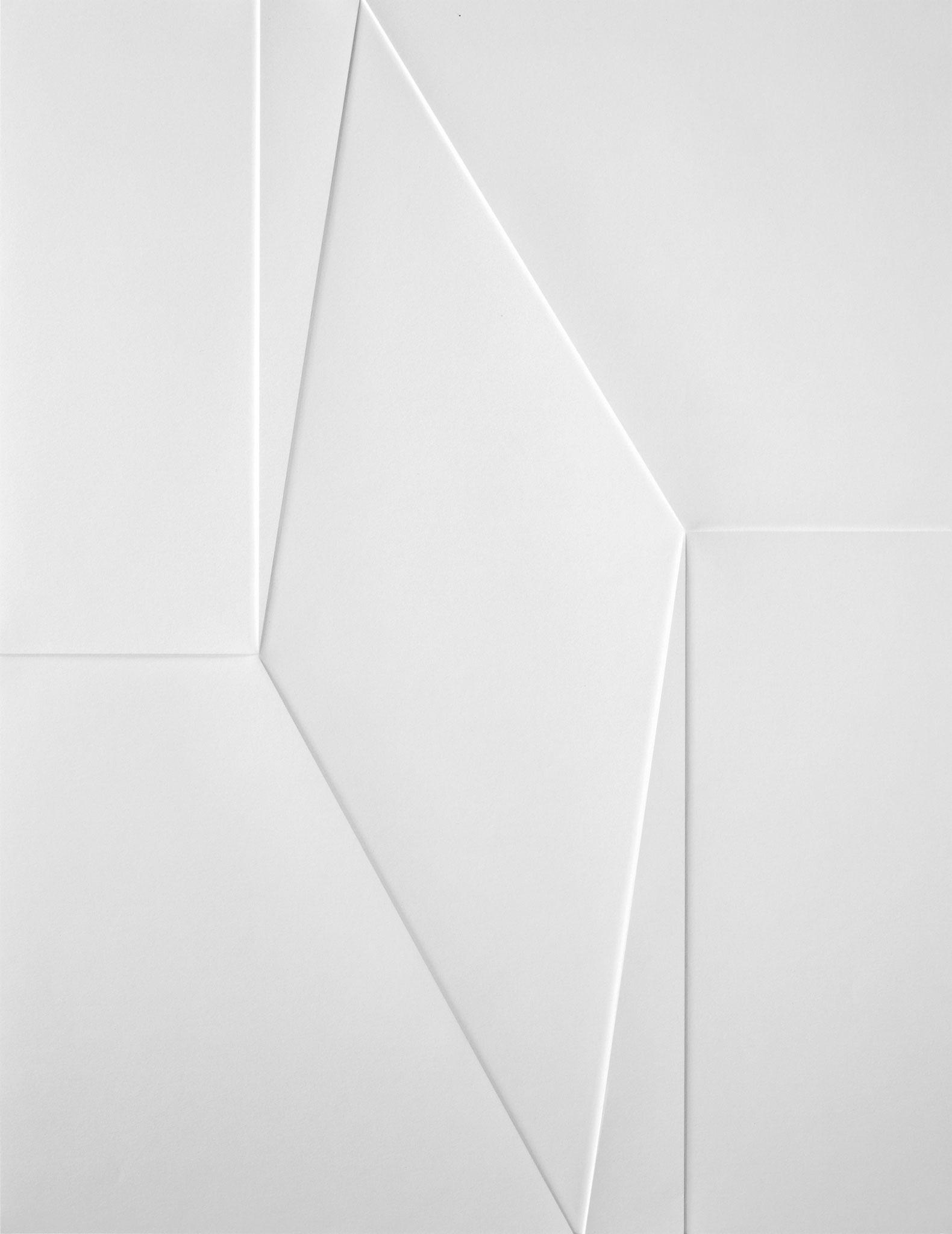 lines P 49, 2020, Papier gefalzt, 77 x 59,7 cm