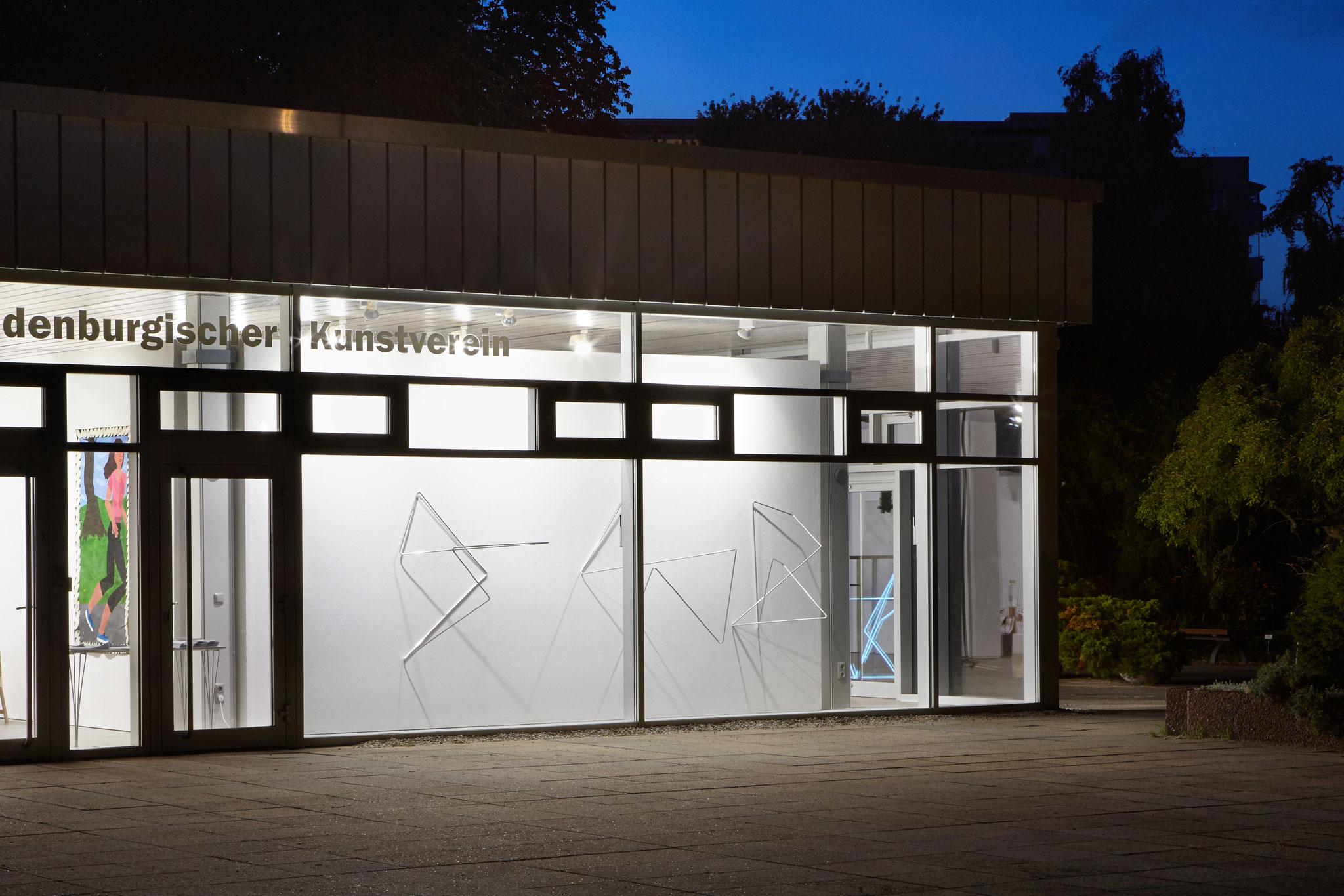 lines 09, 07, 08, 2019, Aluminiumstab je 300 cm, Brandenburgischer Kunstverein, Potsdam