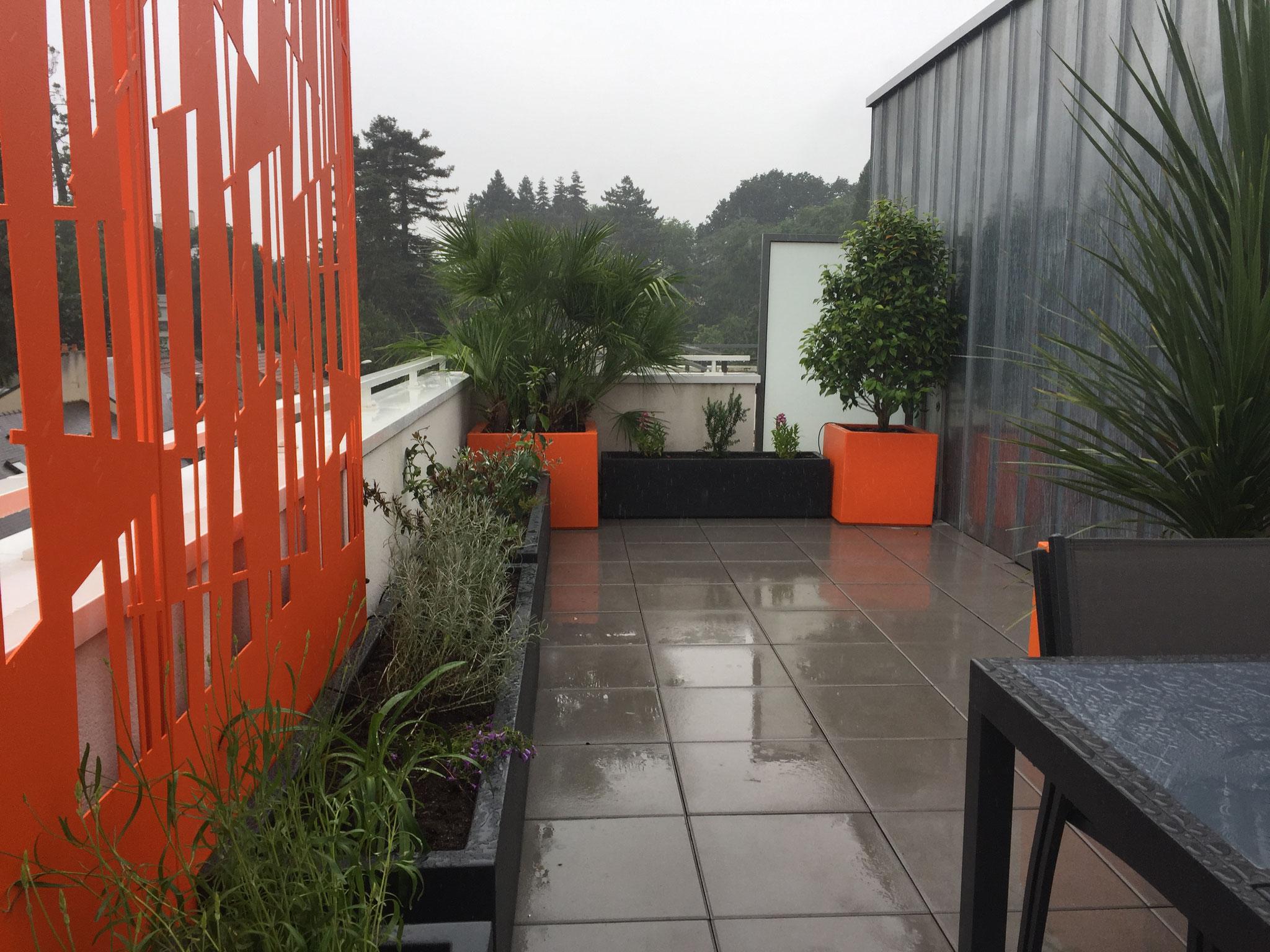Balcons terrasses sur Nantes avec Bacs en fibre