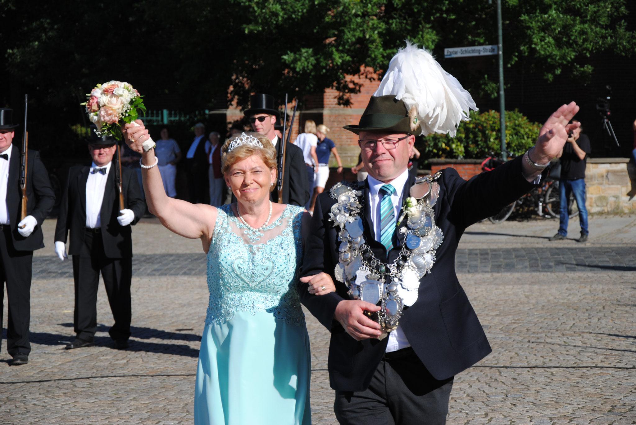 König Alwin Saalfeld und Margret Saalfeld im Jahr 2017