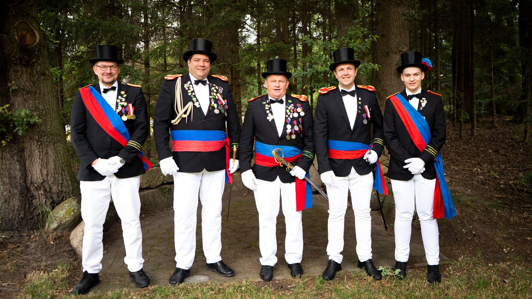 Fähnrich Markus Bergmann, Bataillonskommandeur Stefan Spreche, Kompaniechef Hubert Harpenau, Stellv. Kompaniechef Mike Dreyer, Fähnrich Lukas von Handorff