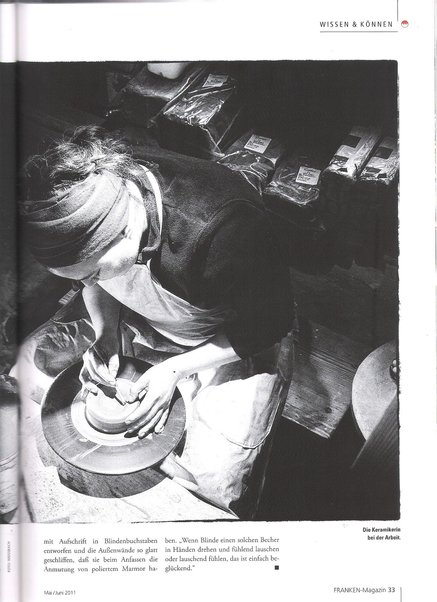 Aufschrift in Blindenbuchstaben - FRANKEN-Magazin