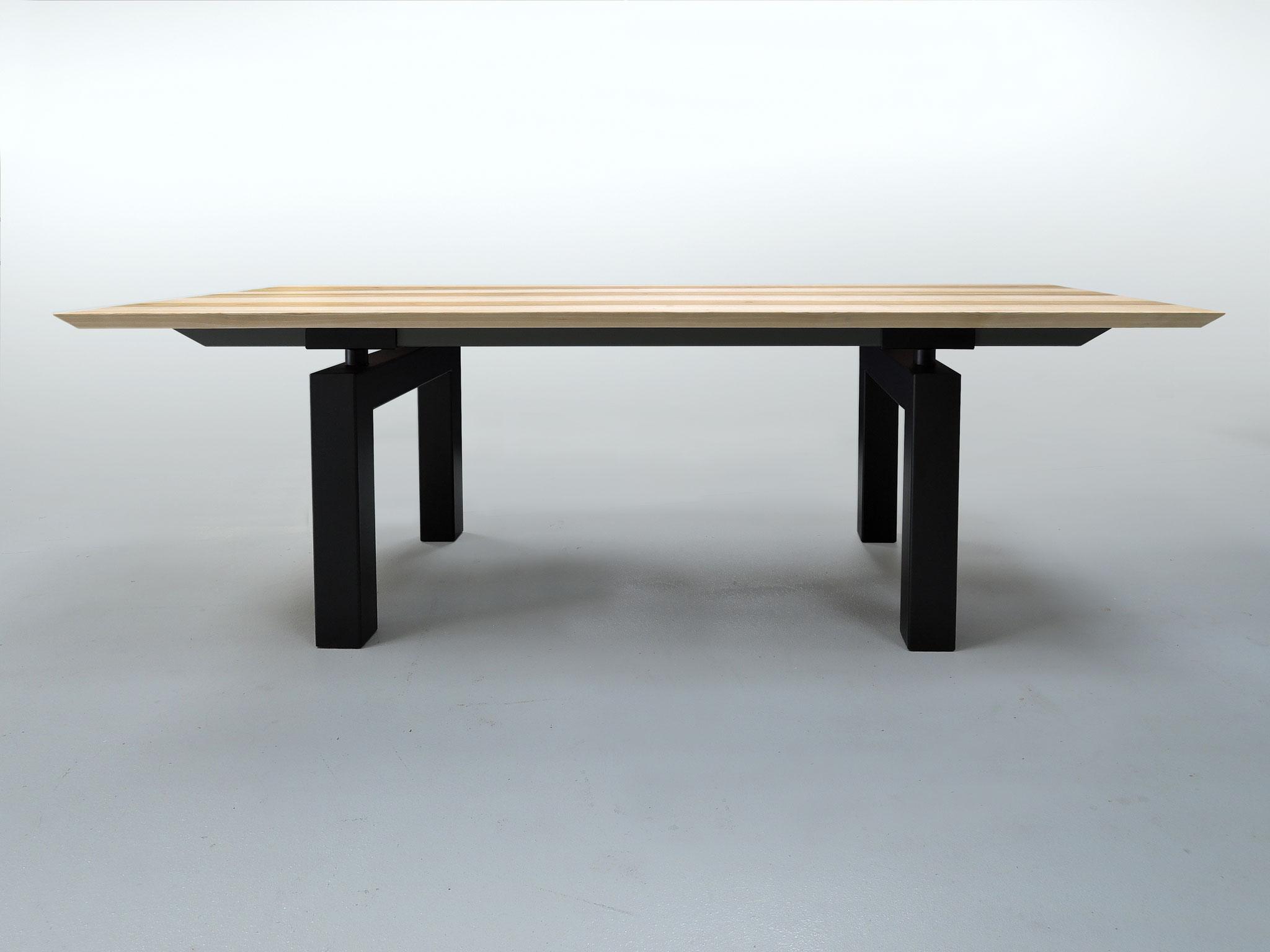 Table artisanale fabriquée en France - ARTMETA / Mobilier sur mesure