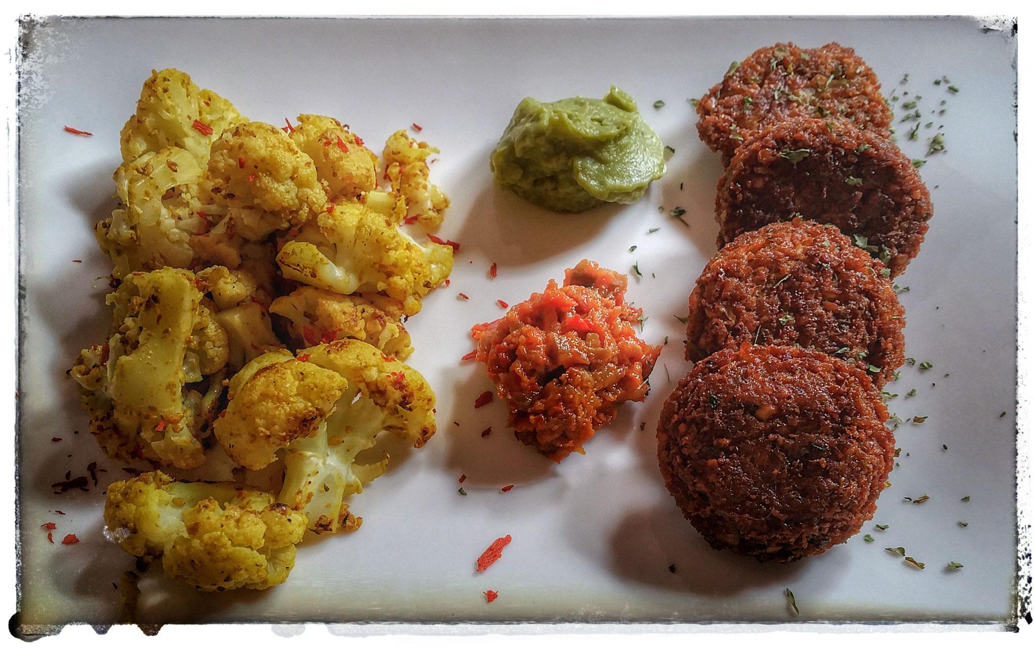 Falafel mit Curry-Blumenkohl