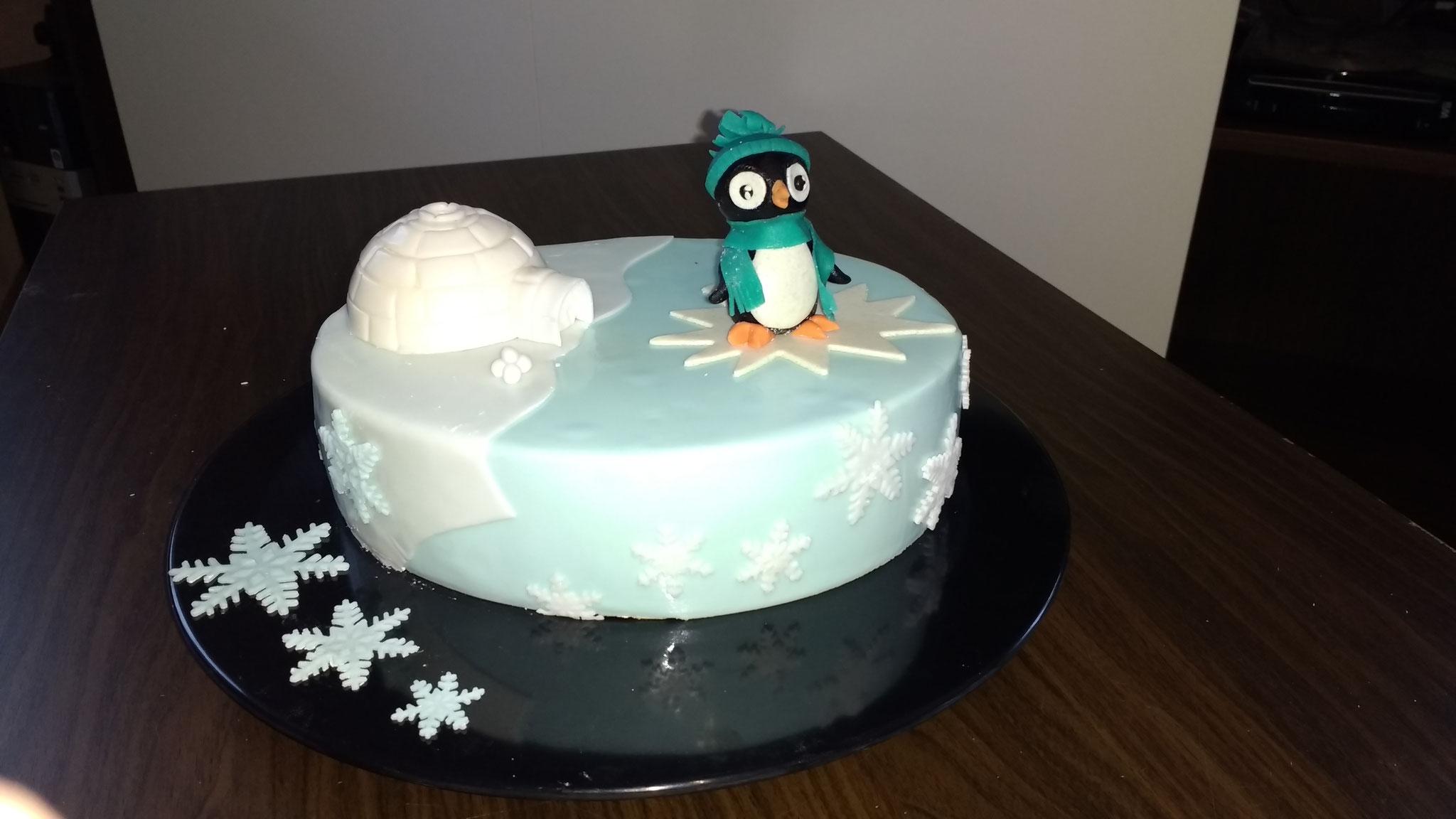 Weihnachtstorte Pinguin