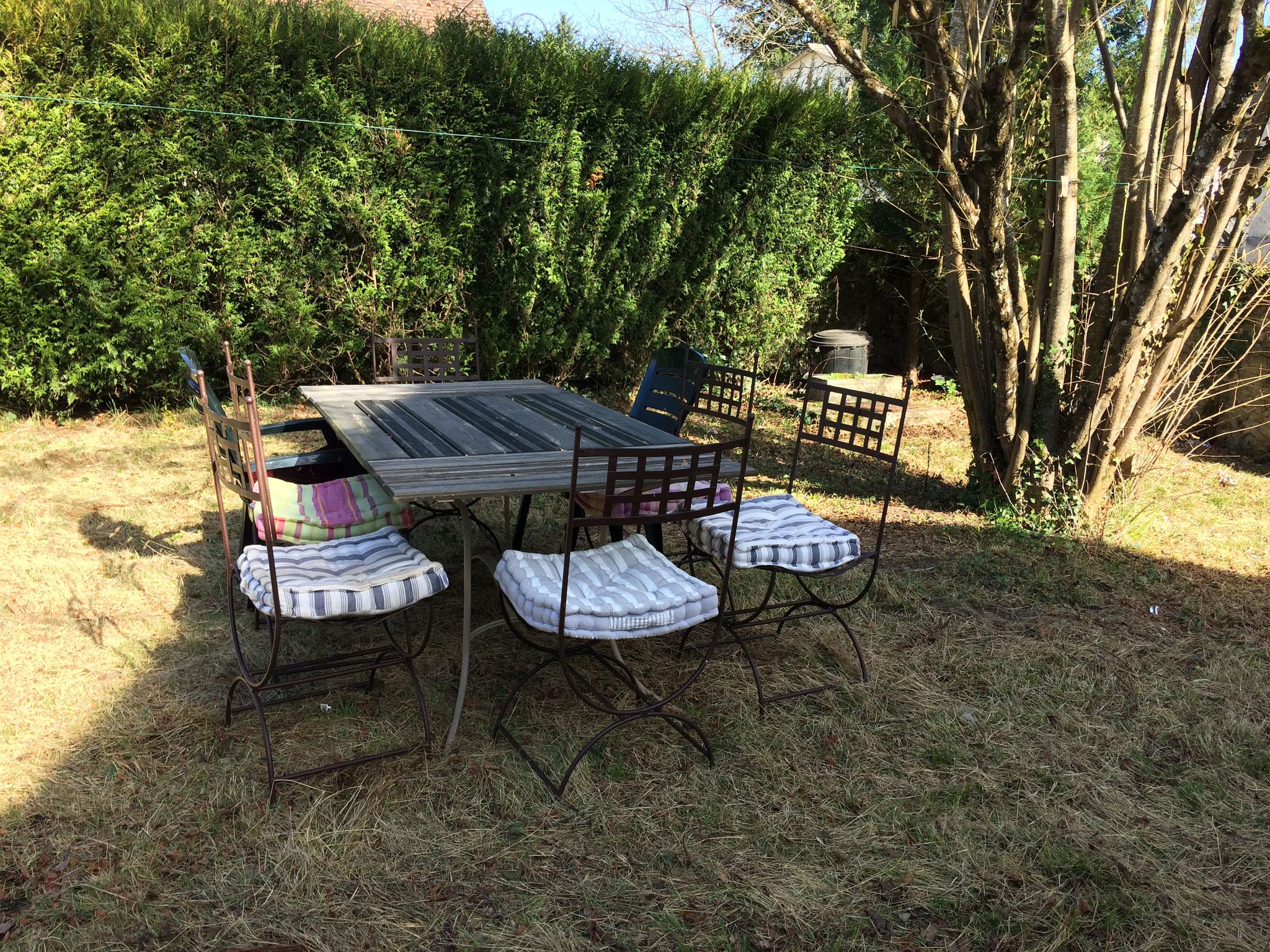 Le jardin  Gite de l'Amandier Chenonceaux