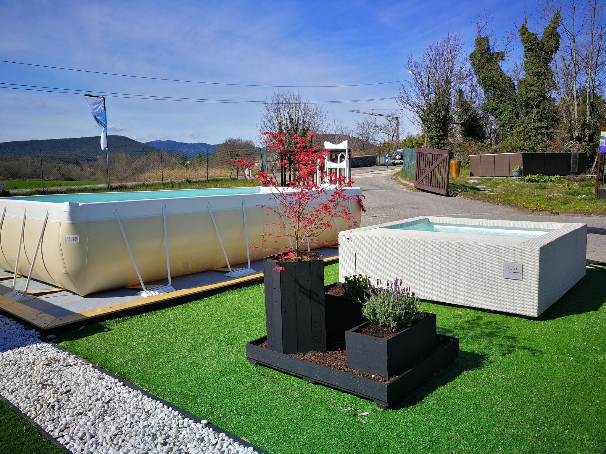 Installation piscines hors sol et enterrées Laghetto® à Saint Christol les Alès proche de Bagnols sur Cèze. Exposition permanente de 8 piscines et spas.