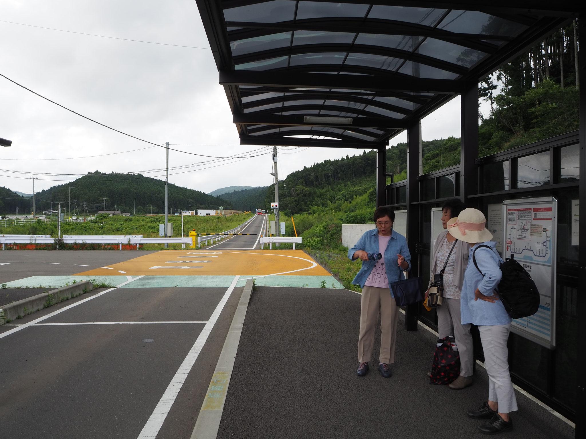 陸前戸倉駅。ここからBRT(バス・ラピッド・トランジット)で気仙沼に向かいます
