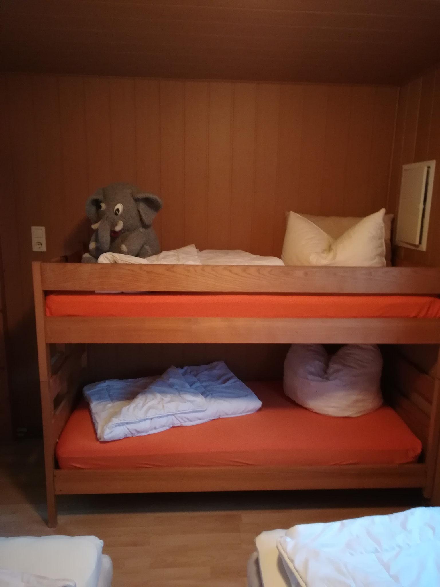 Doppelstockbett 2. Schlafzimmer Haus 25
