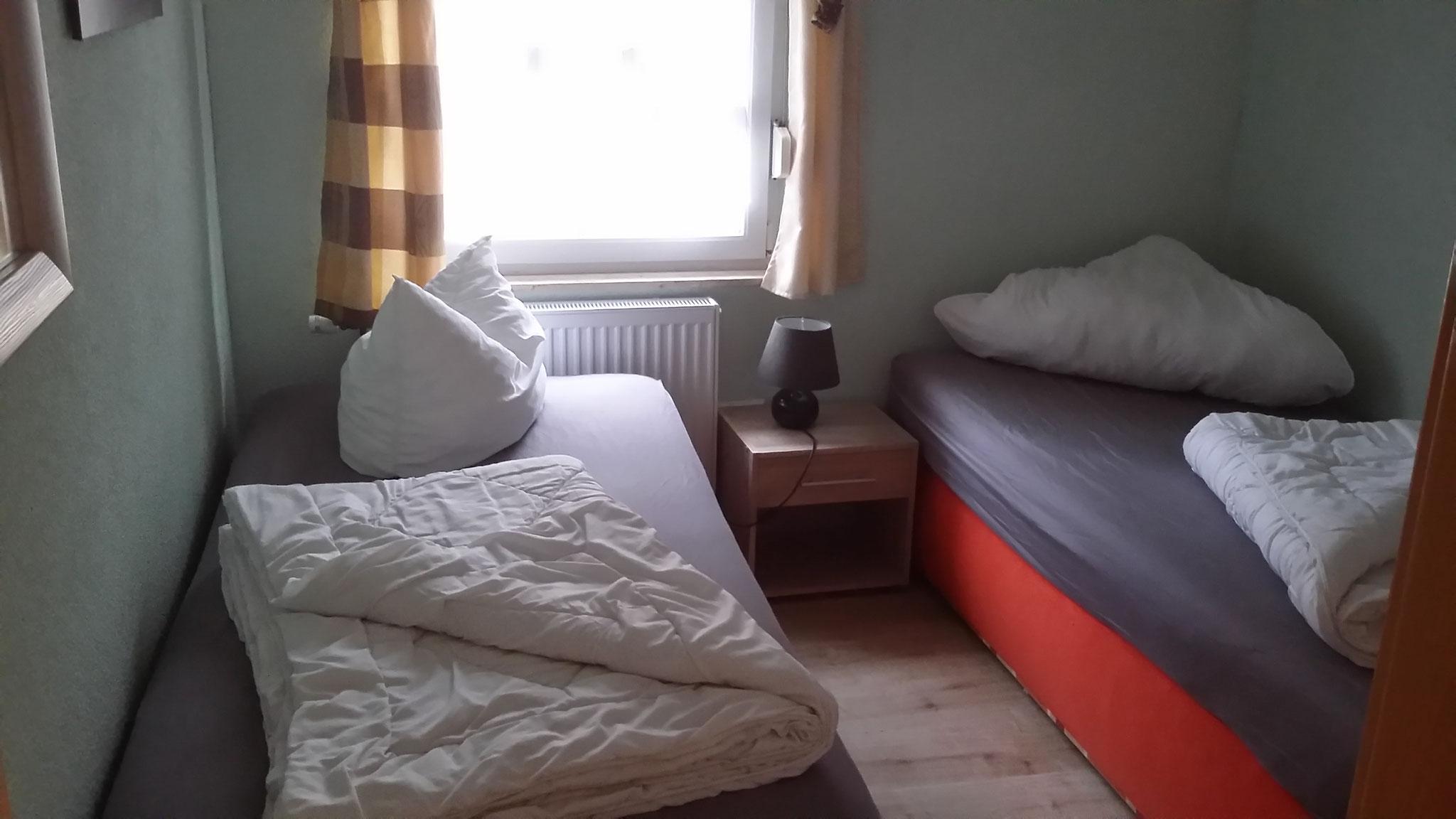 2. Schlafzimmer Haus 1