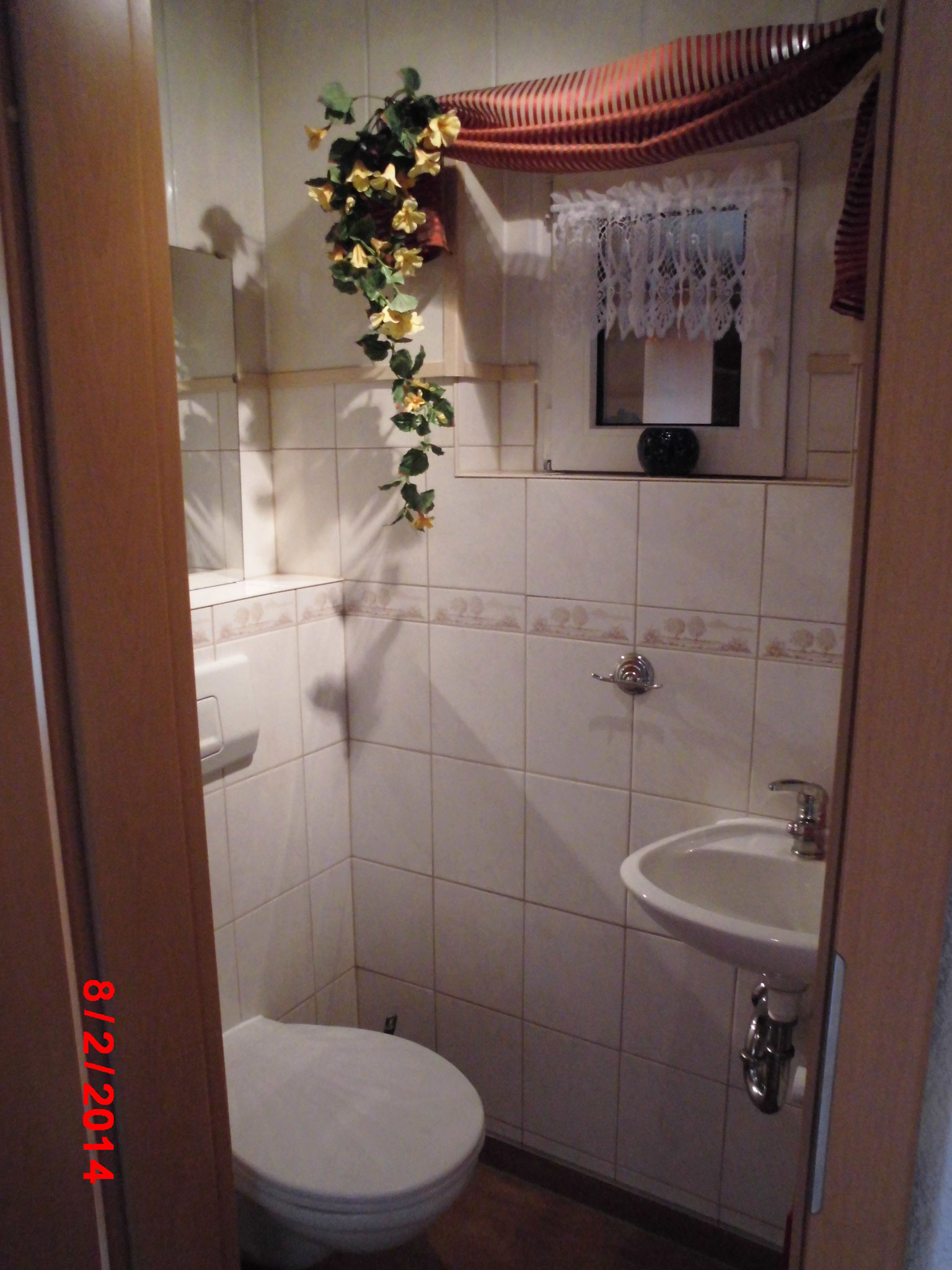 2. Toilette Haus 1