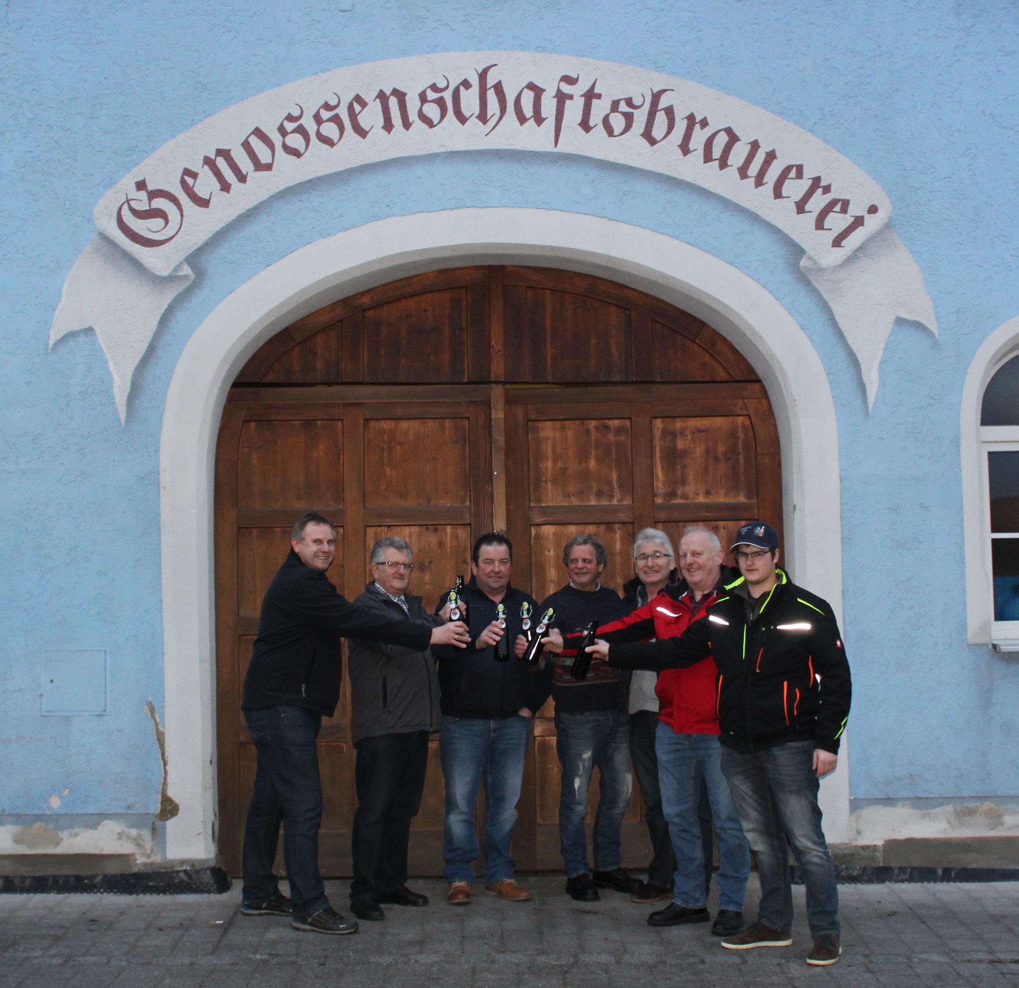 Wolfgang Niebauer (Festleitung), Josef Winklmann (Aufsichtsrat Genossenschaftsbrauerei), Wolfgang Schmidt (Festleitung), Sepp Graßl (Braumeister) Georg Vogl (Vorstand Genossenschaftsbrauerei), Franz Mühlbauer (Festleitung), Florian Kestler (Schankkellner)