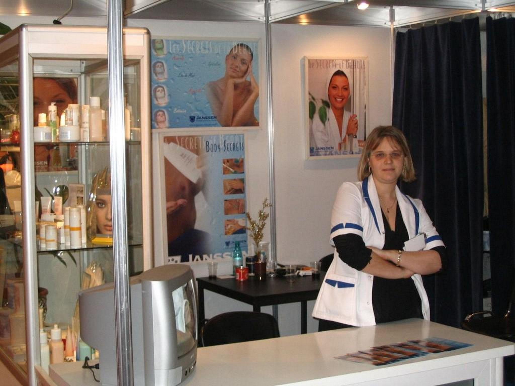 Monica Guti at Bucurest Beauty Expo 2004