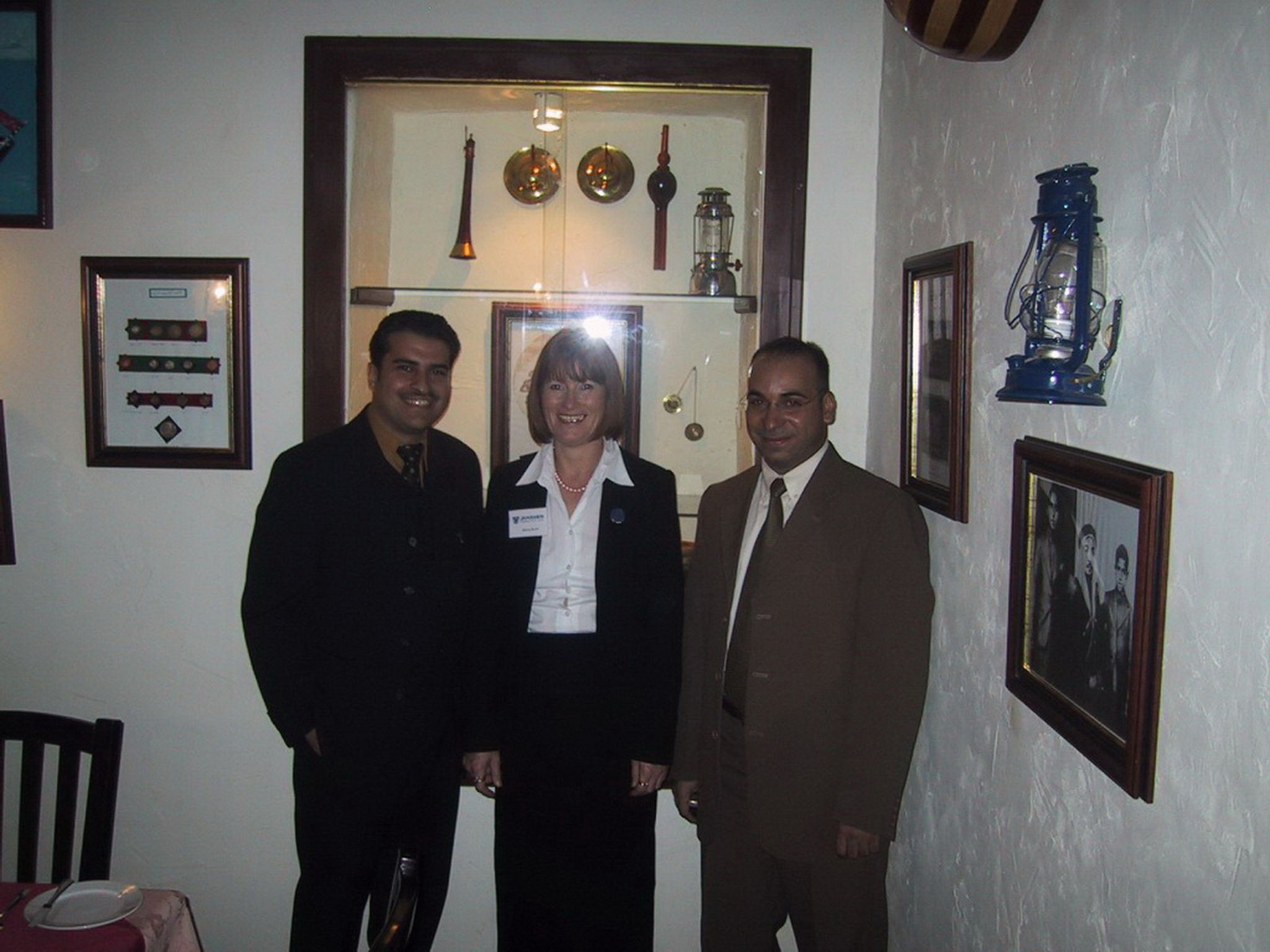 Klara Doert in den Emiraten 2002