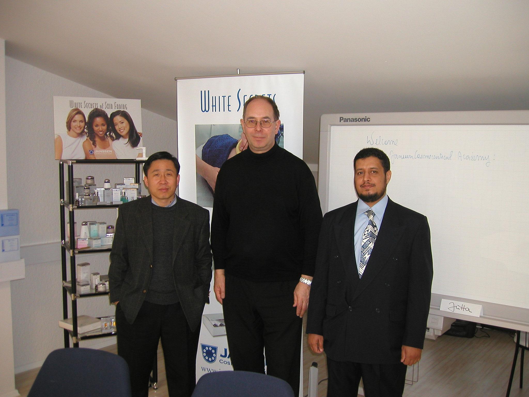 Links Mr. Choi (KR), rechts Naser al Harbi (SA)