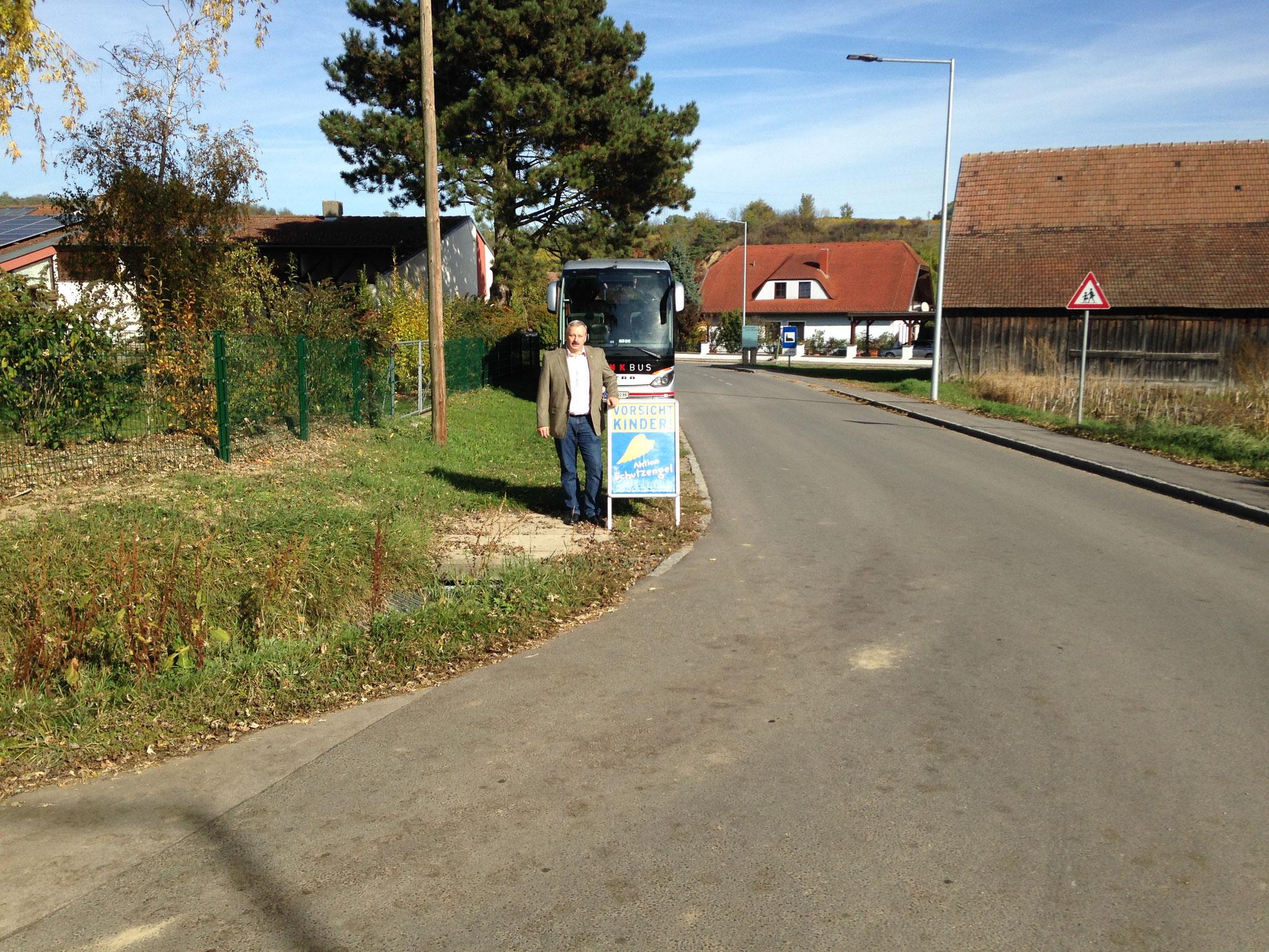 Ortseinfahrt Grossriedenthal - Felserstrasse