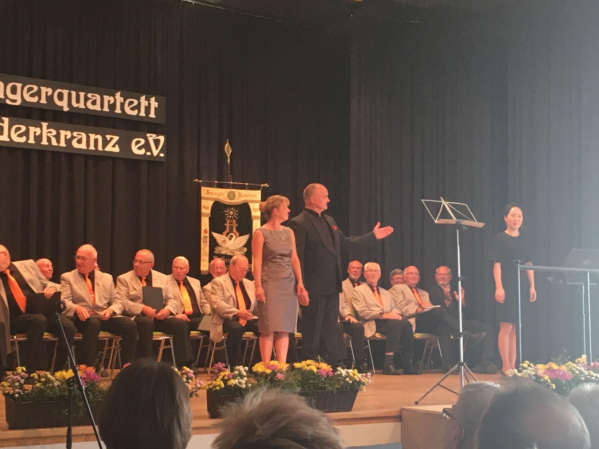 Bärbel Bartonitz und Stefan Zier als Duett begleitet von Ju-Hee Oh