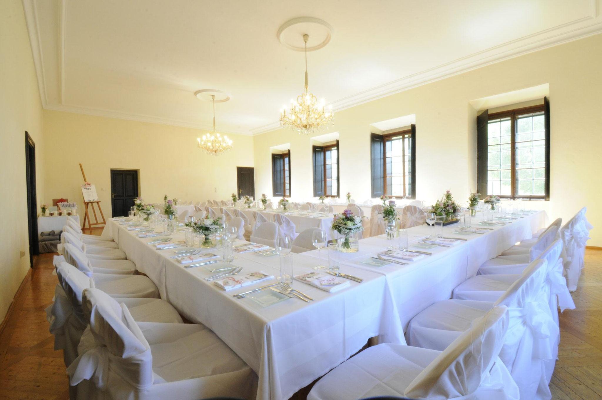Hochzeitstafel im Konzertsaal