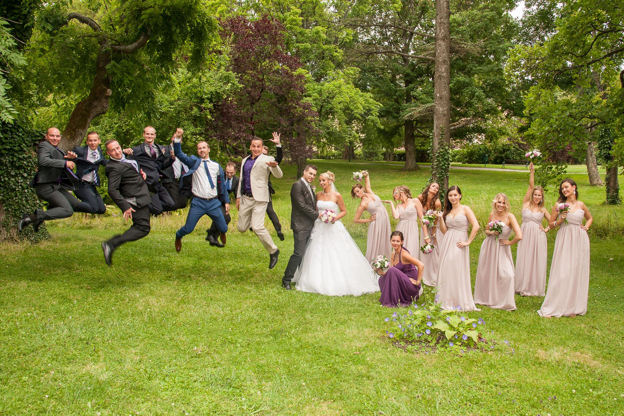 Brautjungfern und Groomsmen - tolles Fotomotiv! (c) Corinna Pernitsch