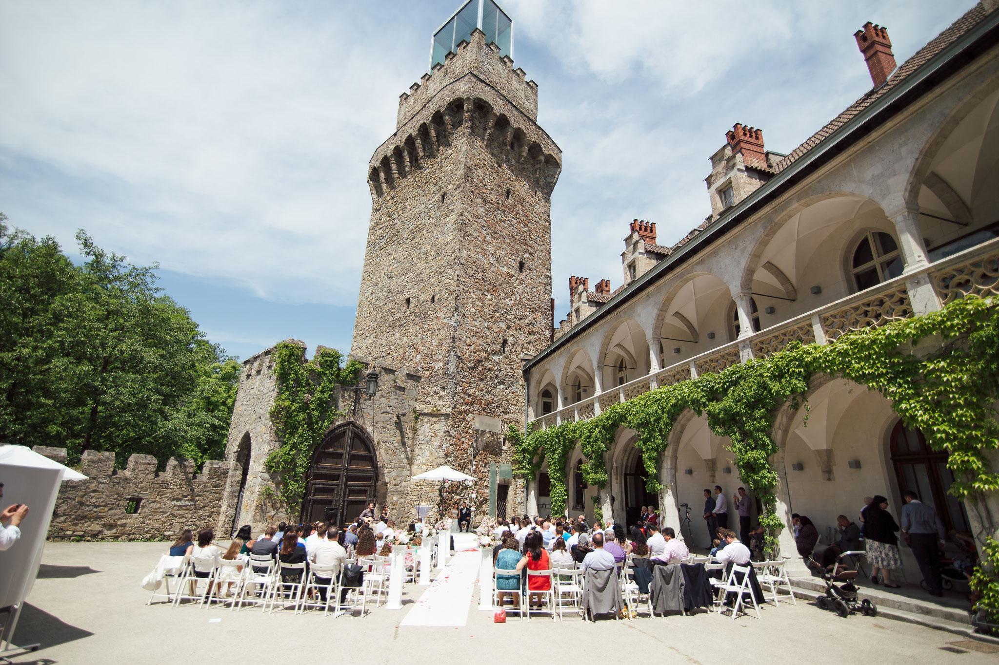 Traumhochzeit im Schloss an der Eisenstrasse - © Die CiuCiu's