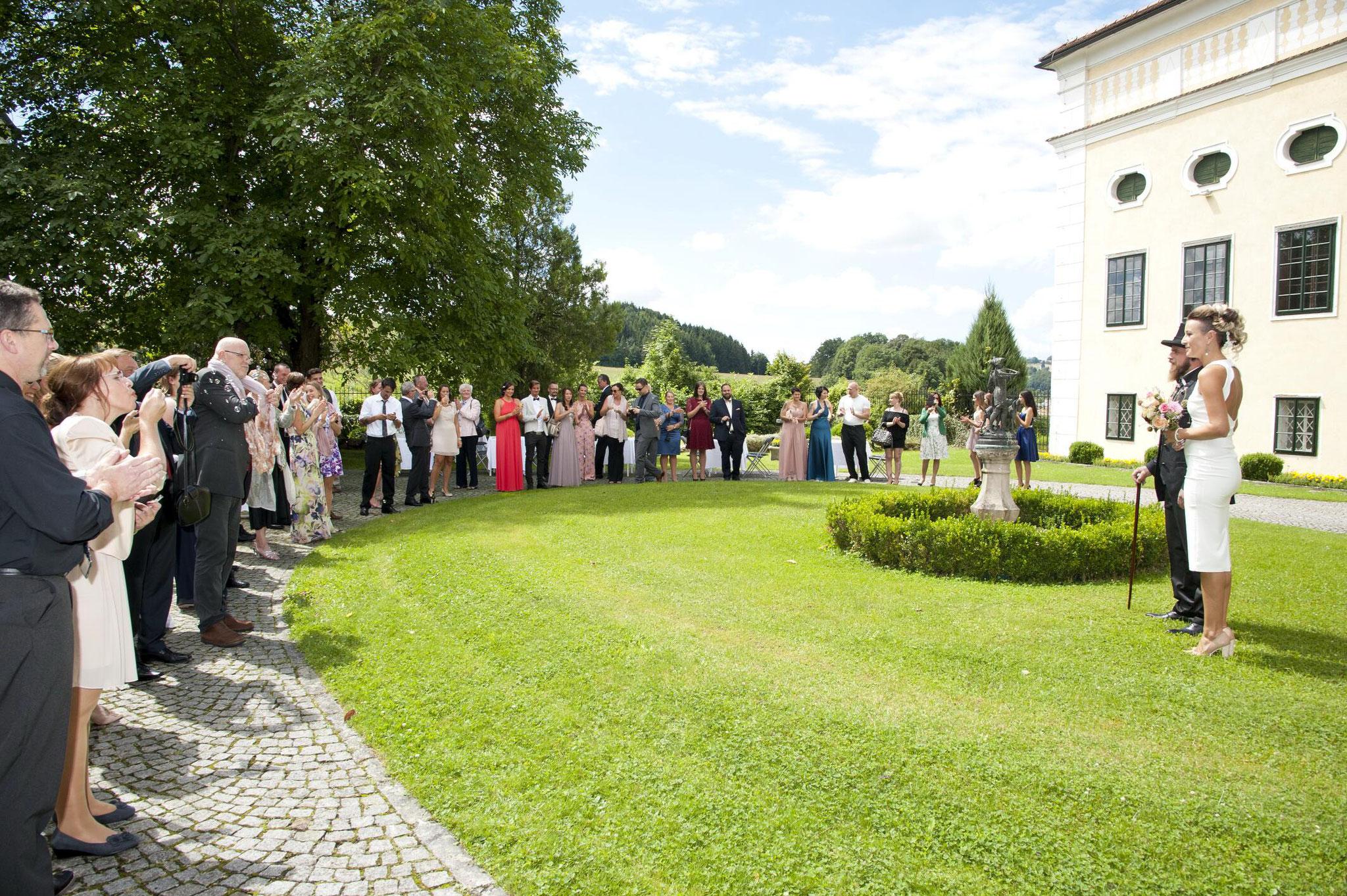 Schlosshof Schloss Kremsegg