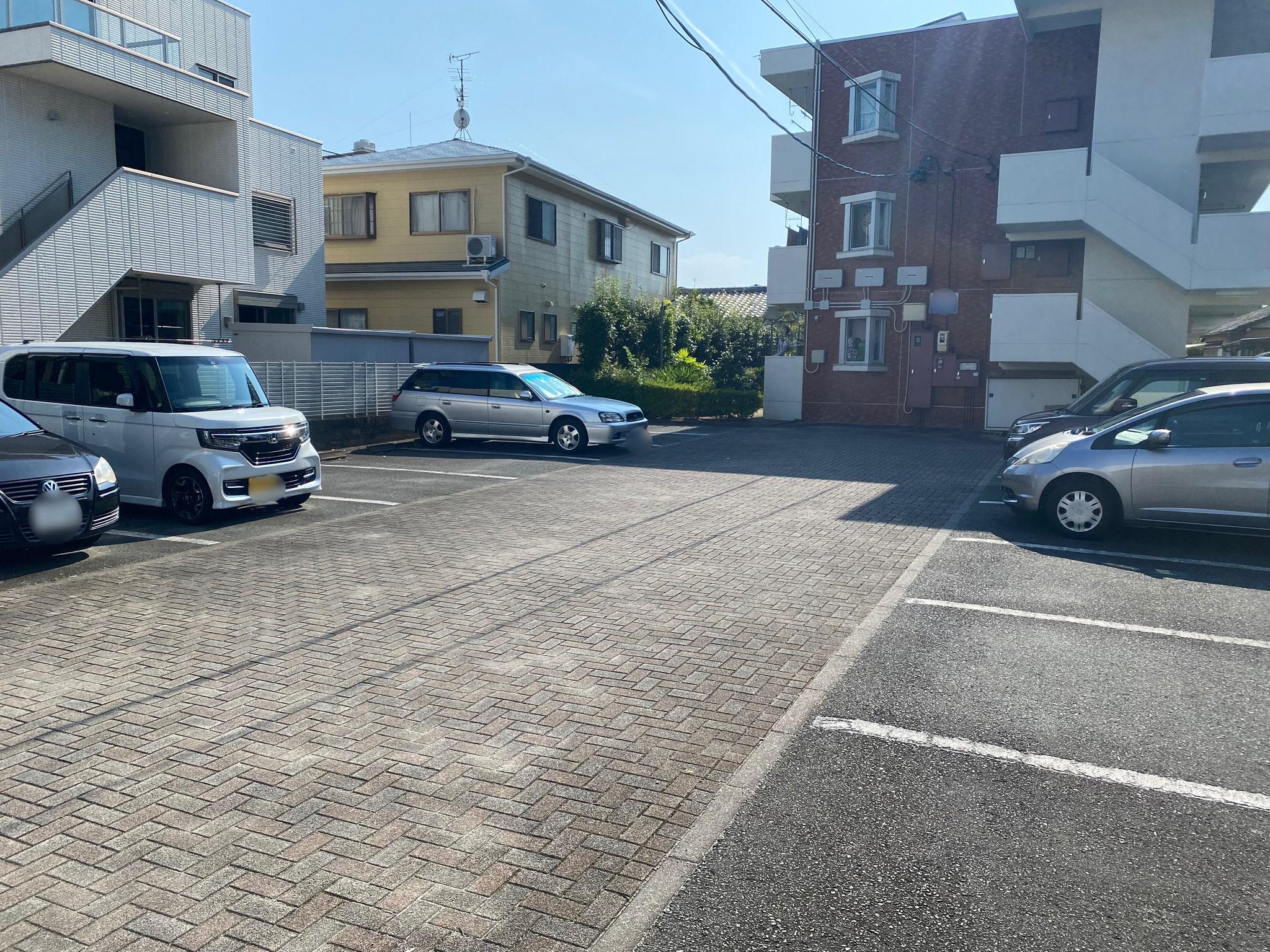 駐車場(月額4,400円)