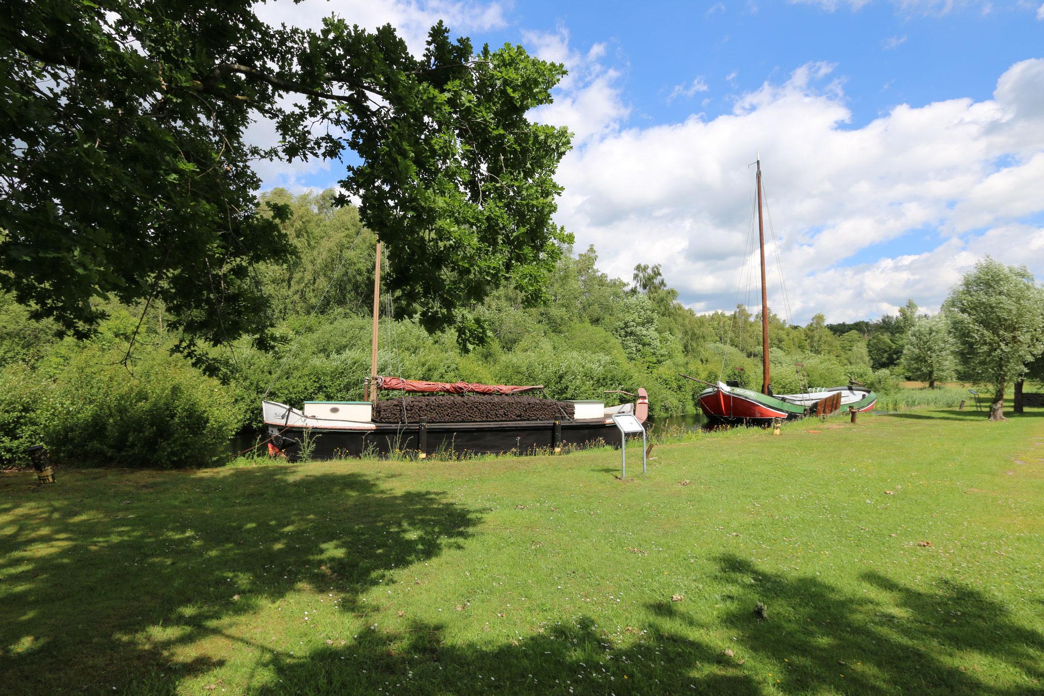 Torfschiffe Wiesmoor Ostfriesland