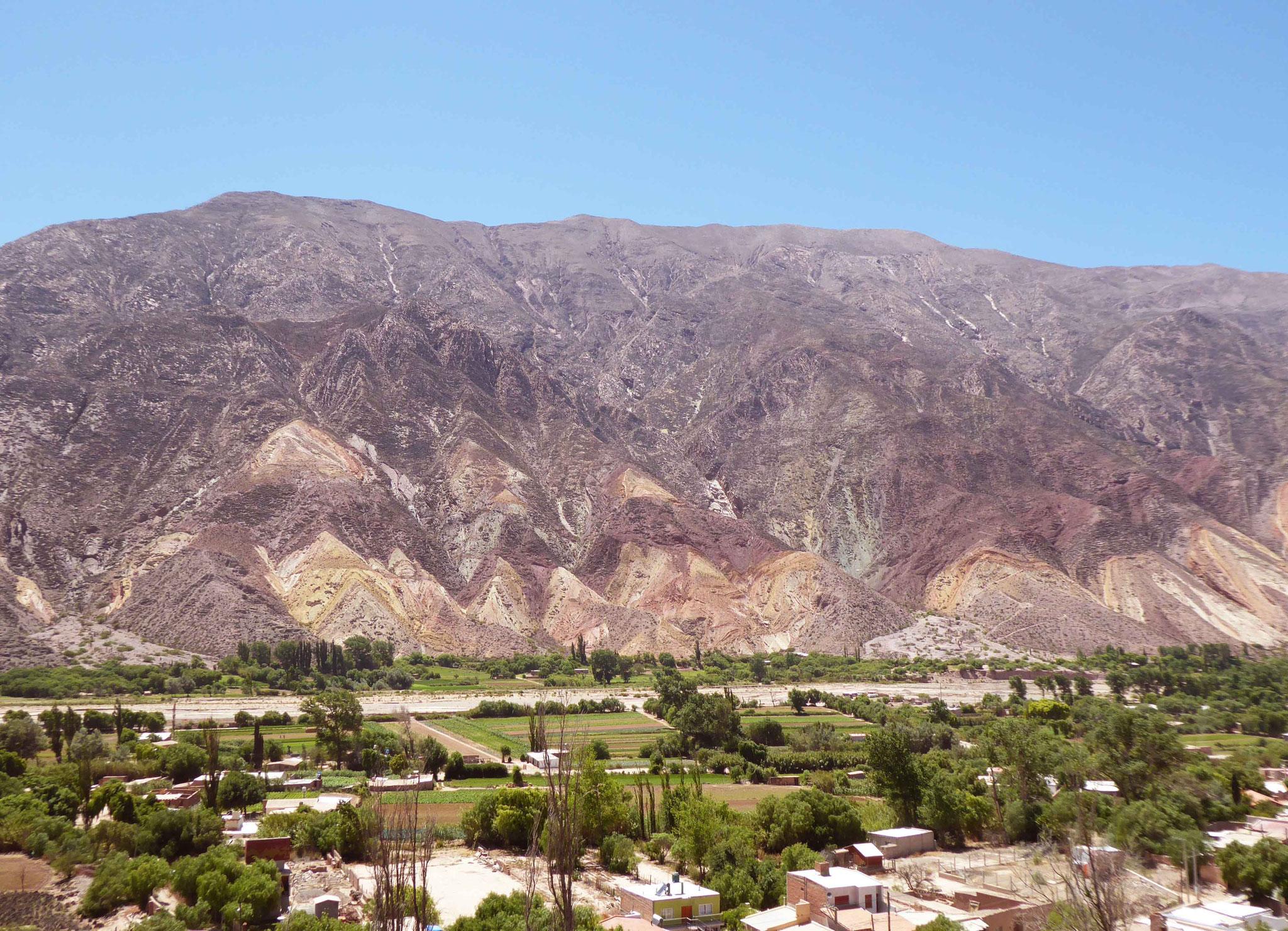 La Palette du peintre domine les villages de Maimara et Tilcara