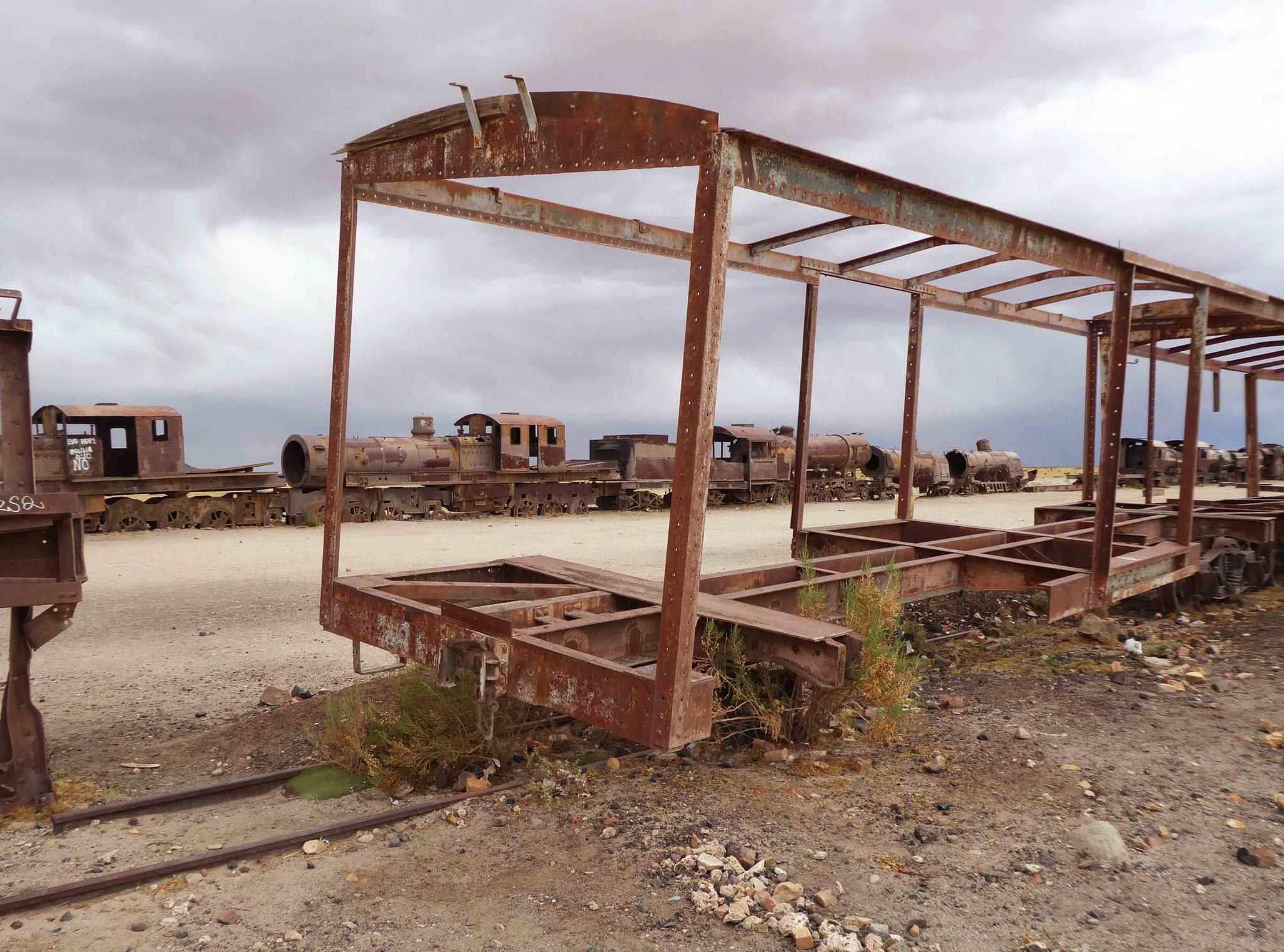 Cimetière de trains, vestiges ferroviaires de la riche période minière au début du XXe siècle
