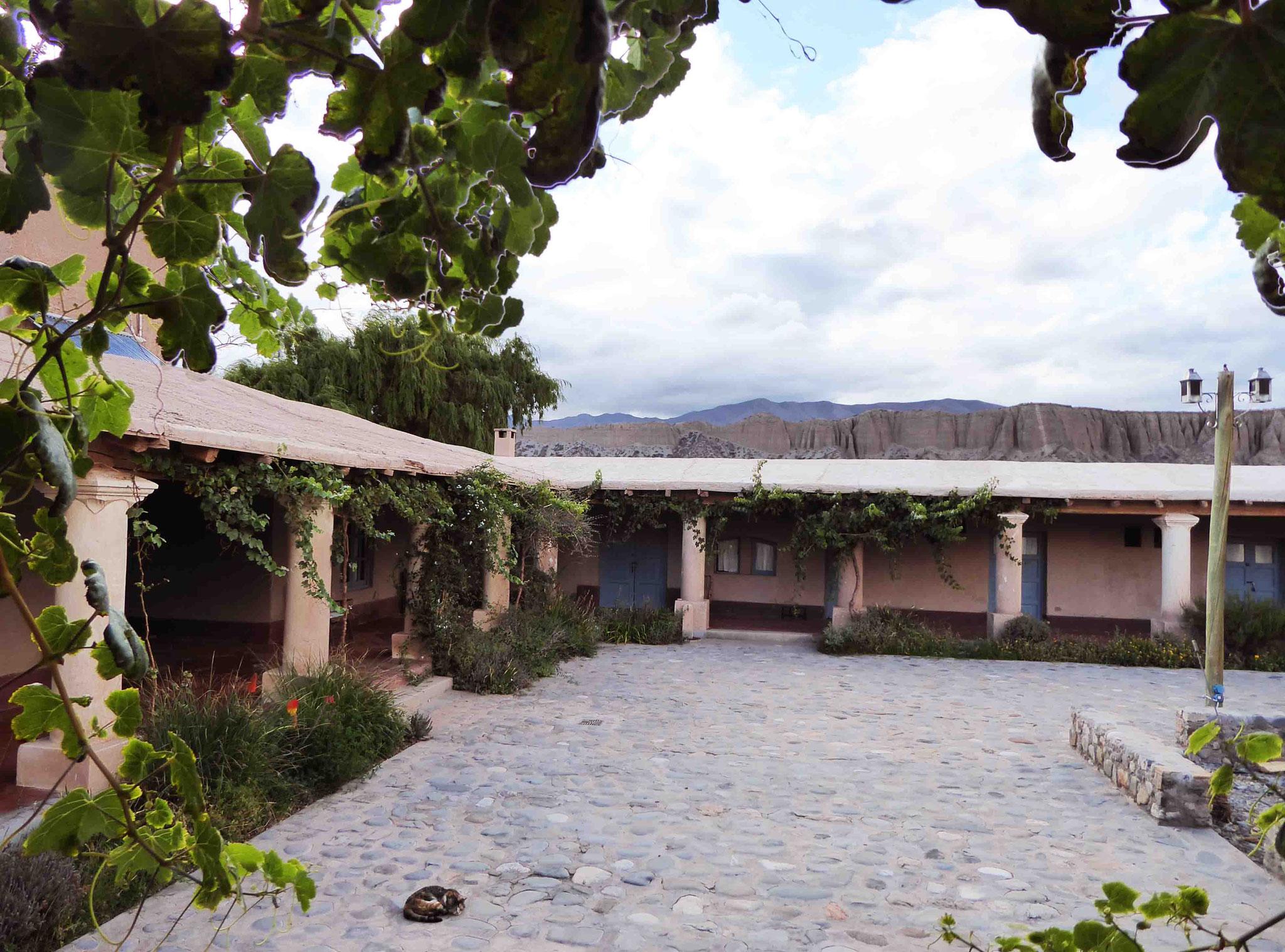 Côté intime du patio de notre hacienda d'accueil à Payogasta...