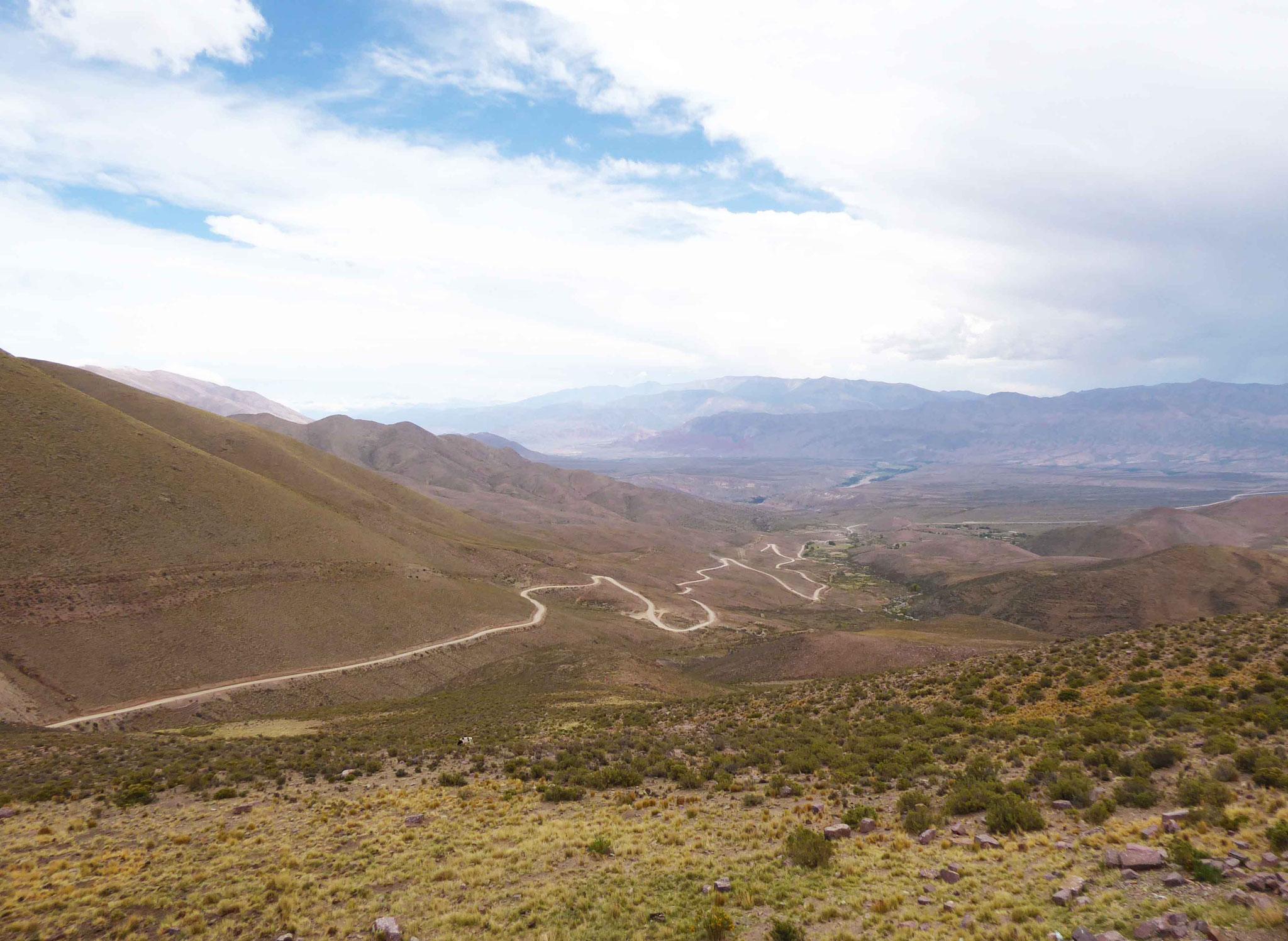 De là, à plus de 4000 m, on domine toute la quebrada de Humahuaca