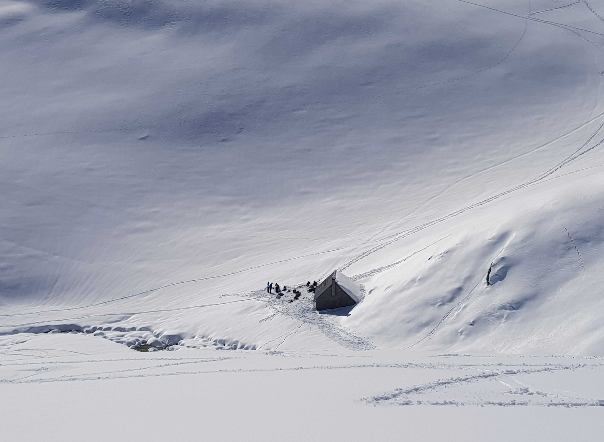 cabane en pleine montagne pour la pause de midi