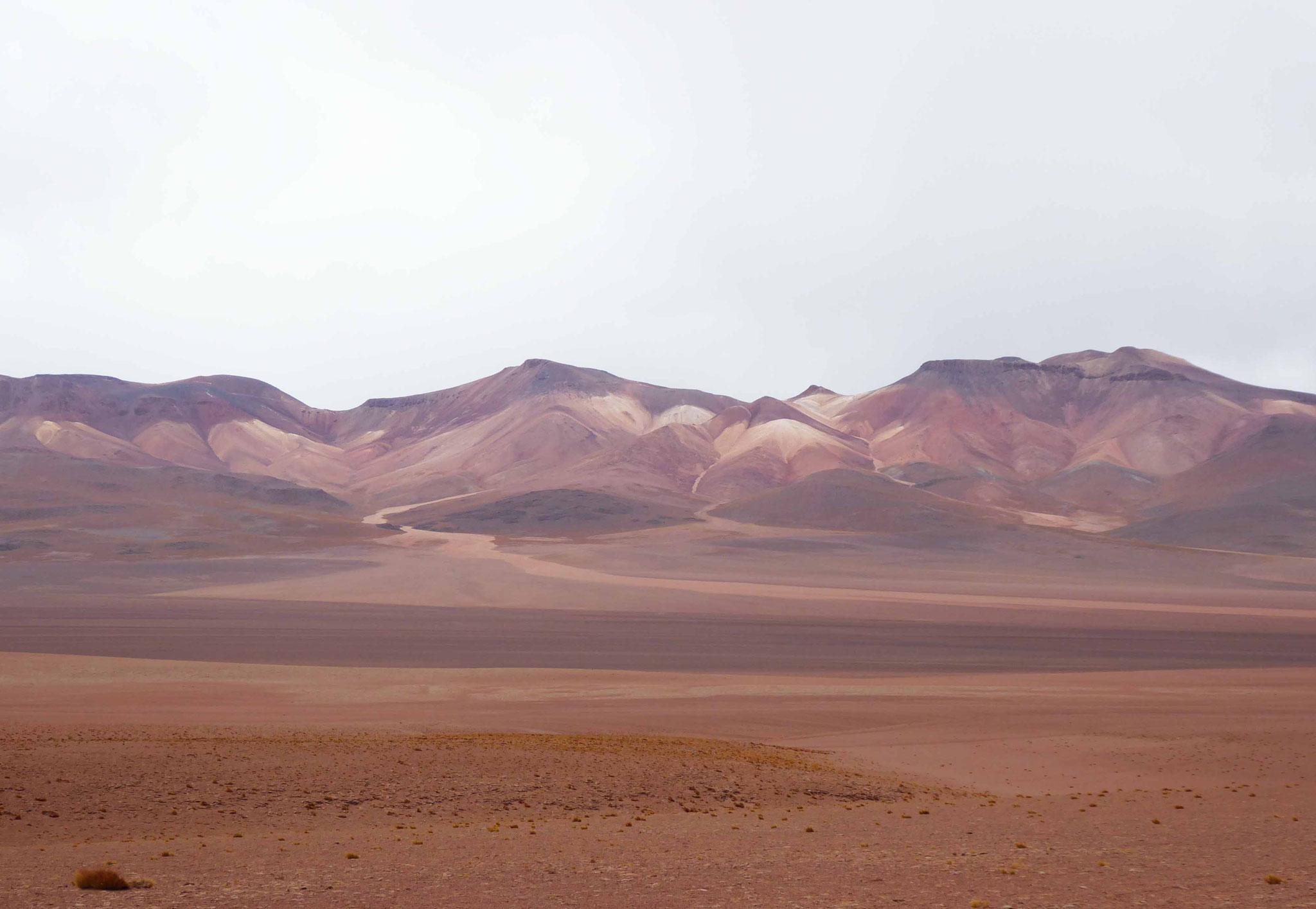 Le sud Lipez, montagnes très minérales (+ 5600 m) aux couleurs remarquables