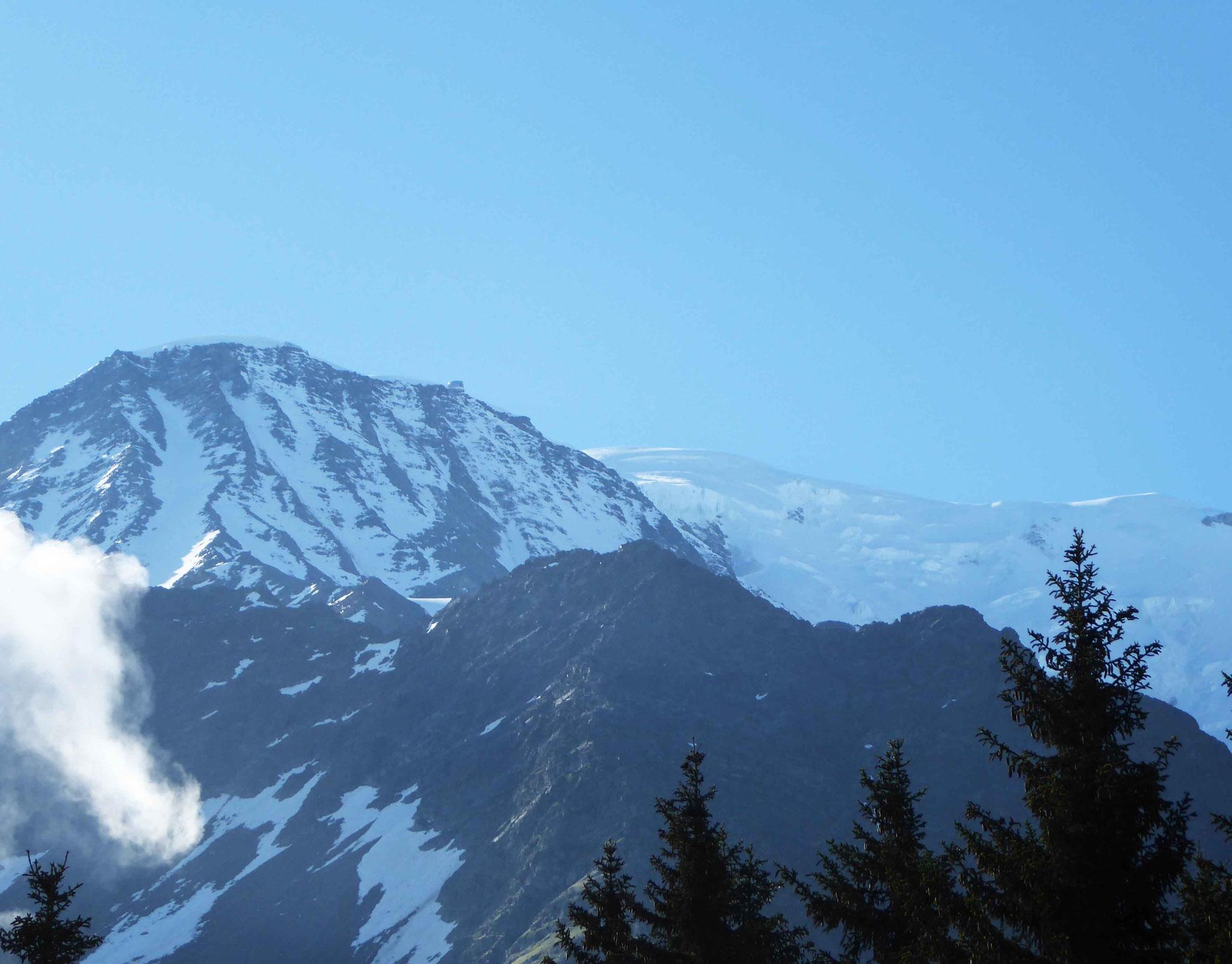 C'est là-haut, tout là-haut qu'on dormira ce soir au Goûter (3835 m)