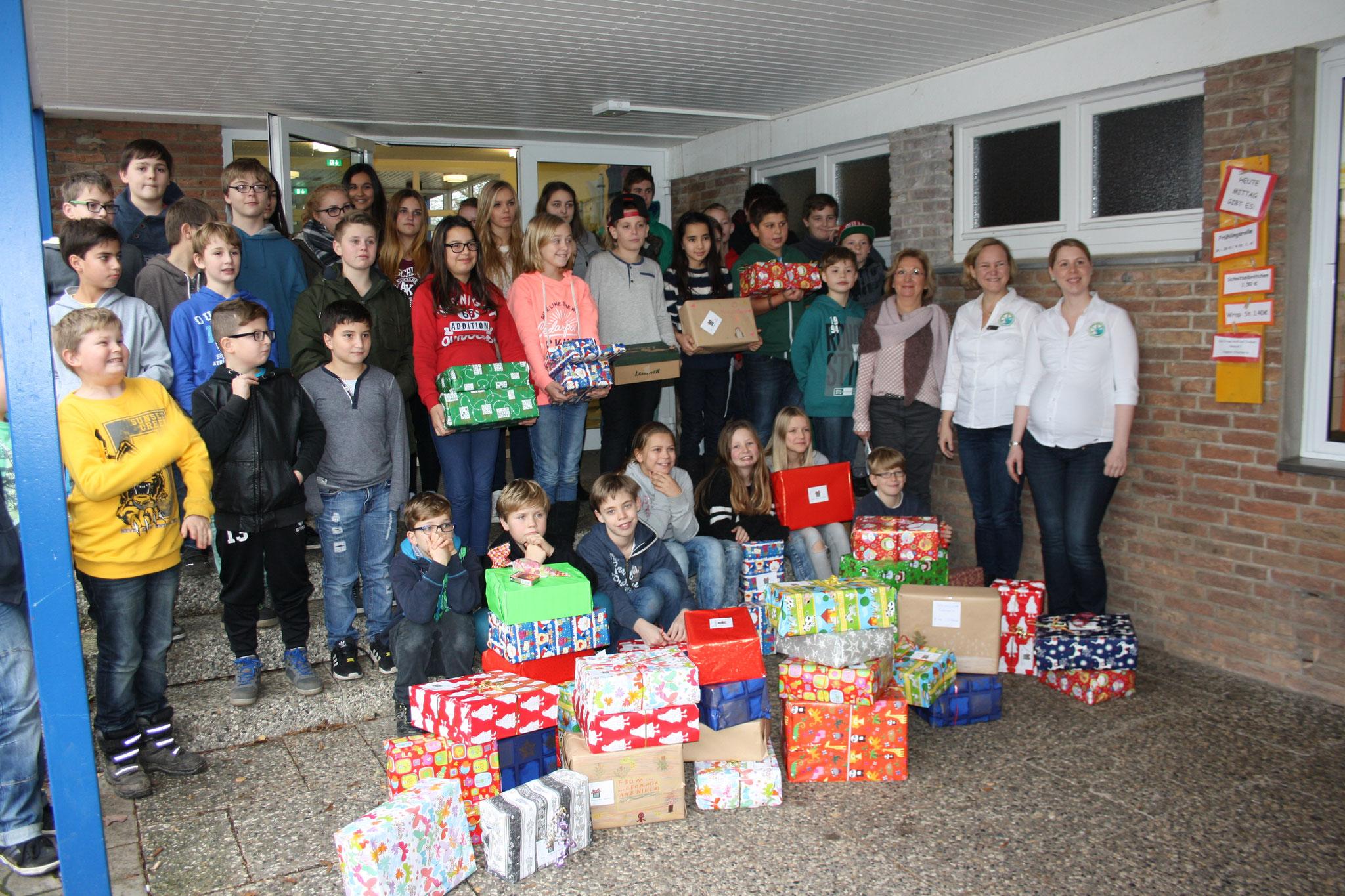 Die jährliche Weihnachtspäckchen-Aktion
