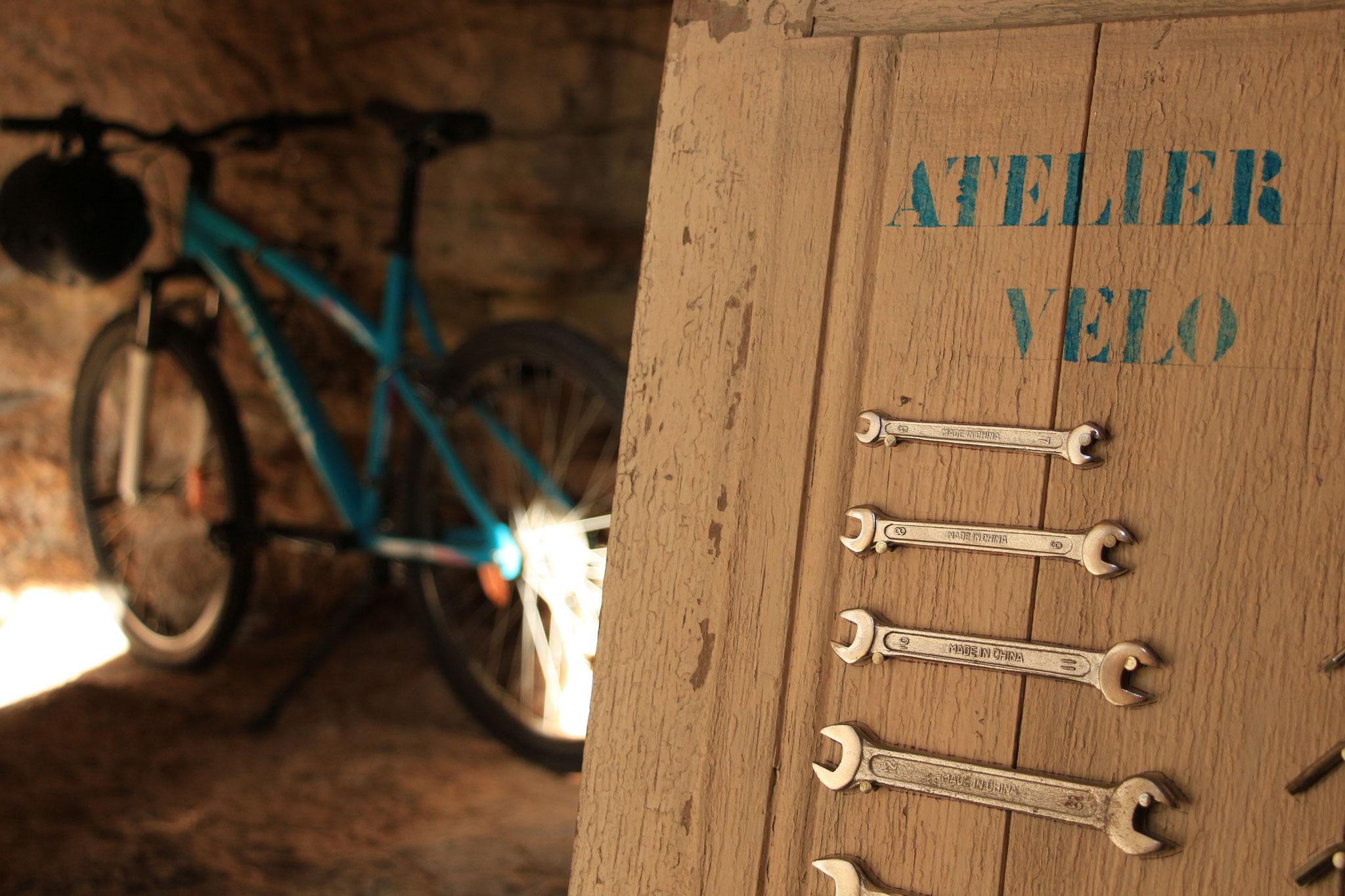 Le troglo à vélos du gîte La Ruelle des Jardins